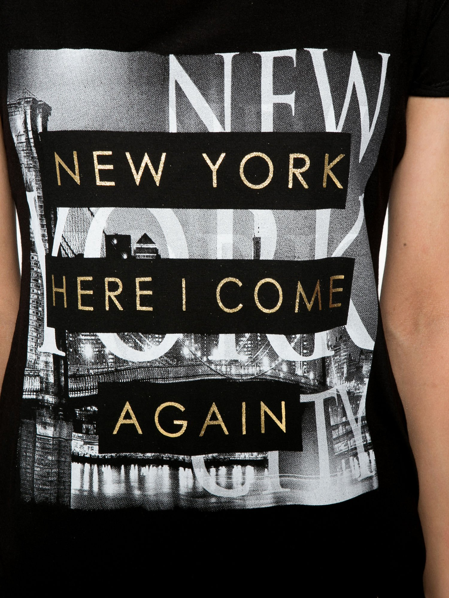 Czarny t-shirt ze złotym napisem NEW YORK HERE I COME AGAIN                                  zdj.                                  7