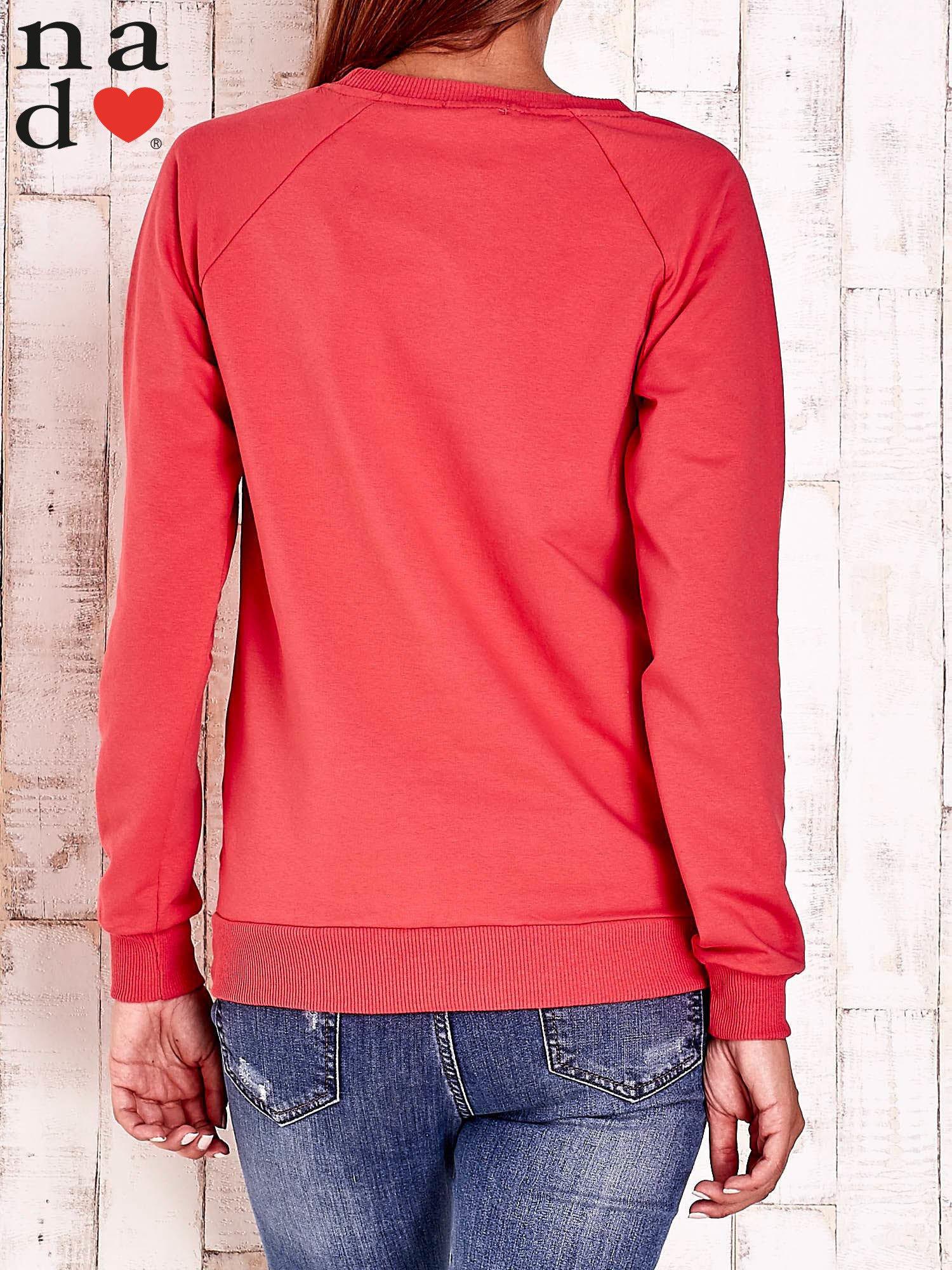 Czerwona bluza w serduszka                                  zdj.                                  2
