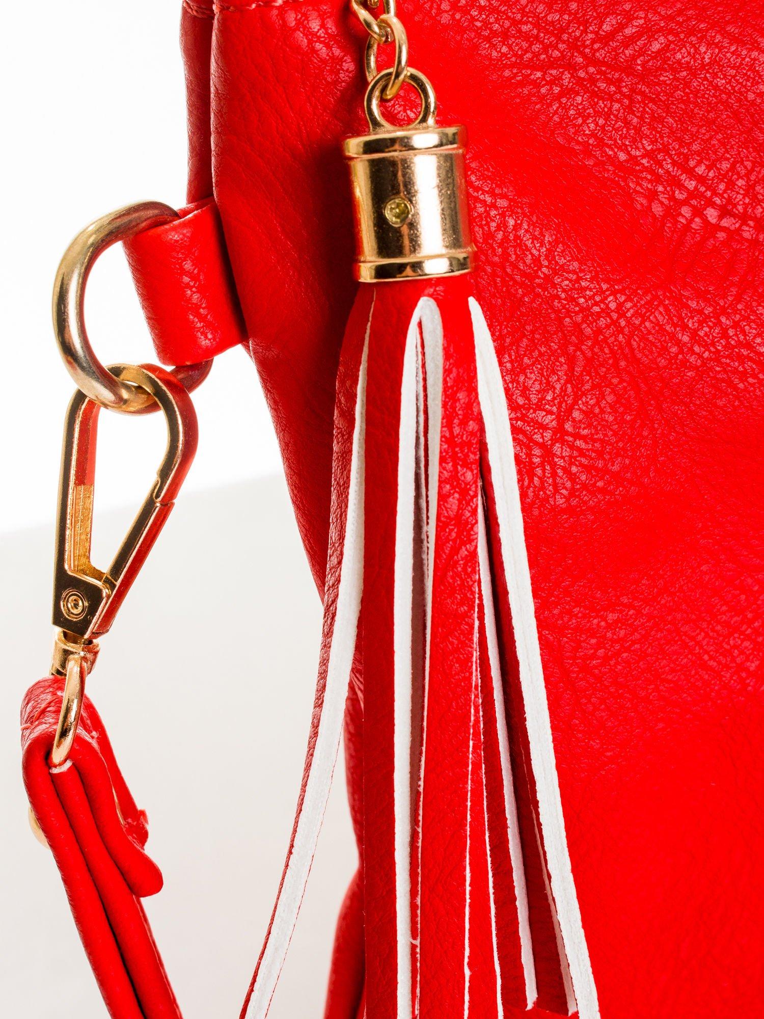 Czerwona kopertówka z dżetami napis LUCY WORLD                                  zdj.                                  4