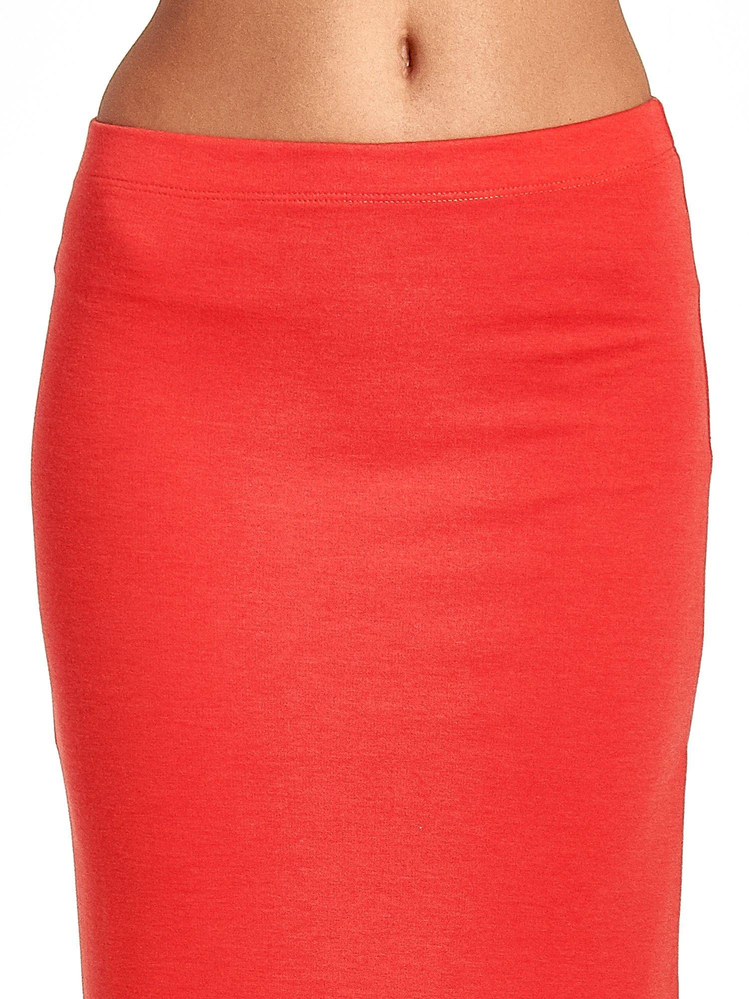 Czerwona maxi spódnica z rozcięciem z boku                                  zdj.                                  5