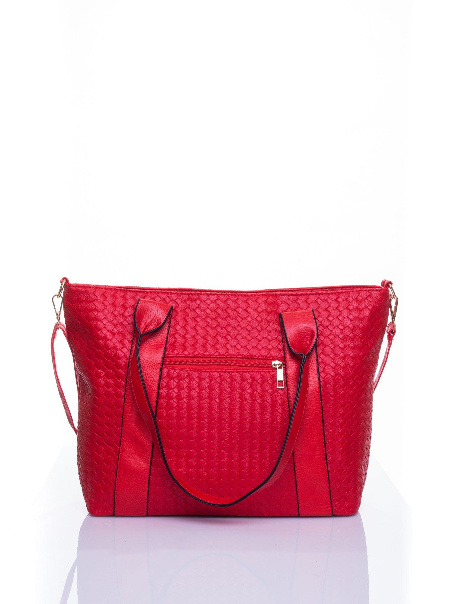 Czerwona pleciona torebka z suwakami                                  zdj.                                  3