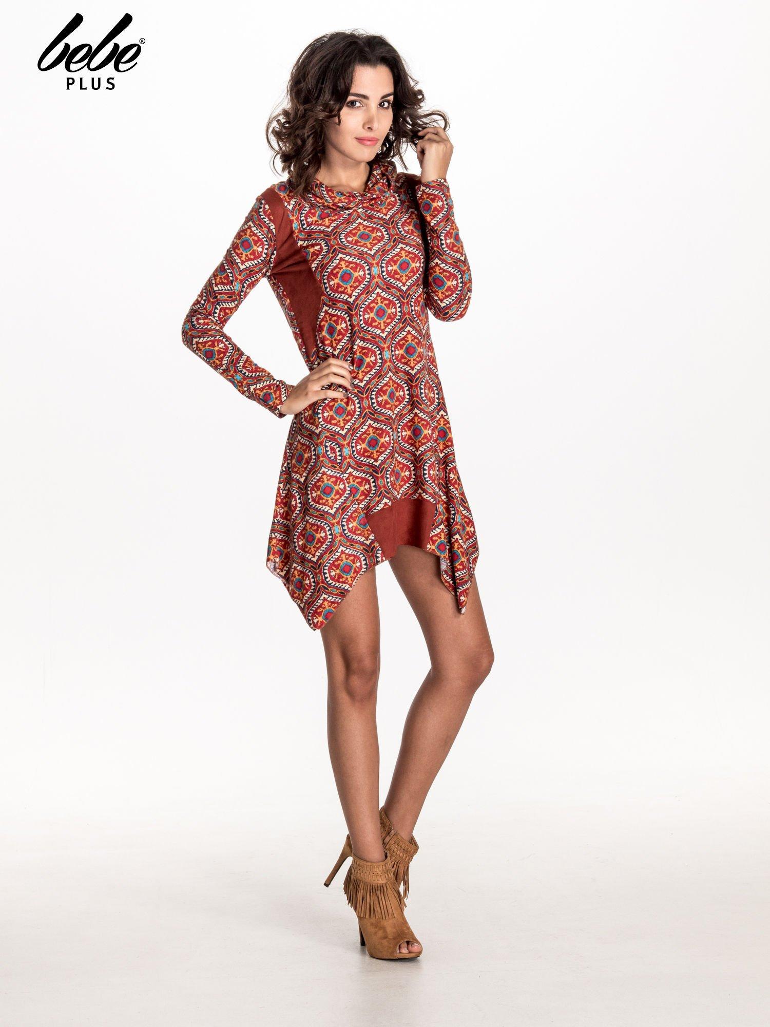 Czerwona sukienka etno z łączonych materiałów                                  zdj.                                  2
