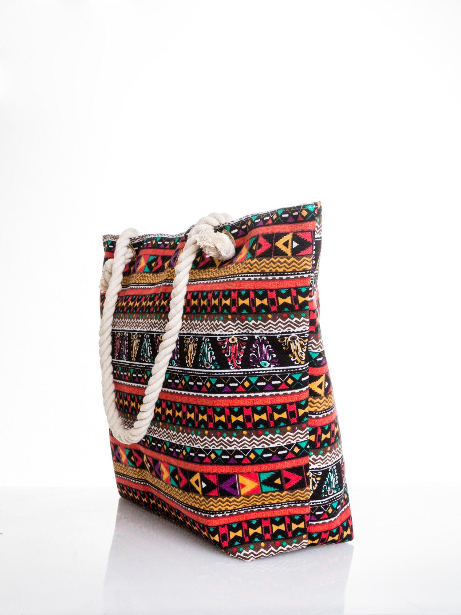 Czerwona torba plażowa w azteckie wzory                                  zdj.                                  4