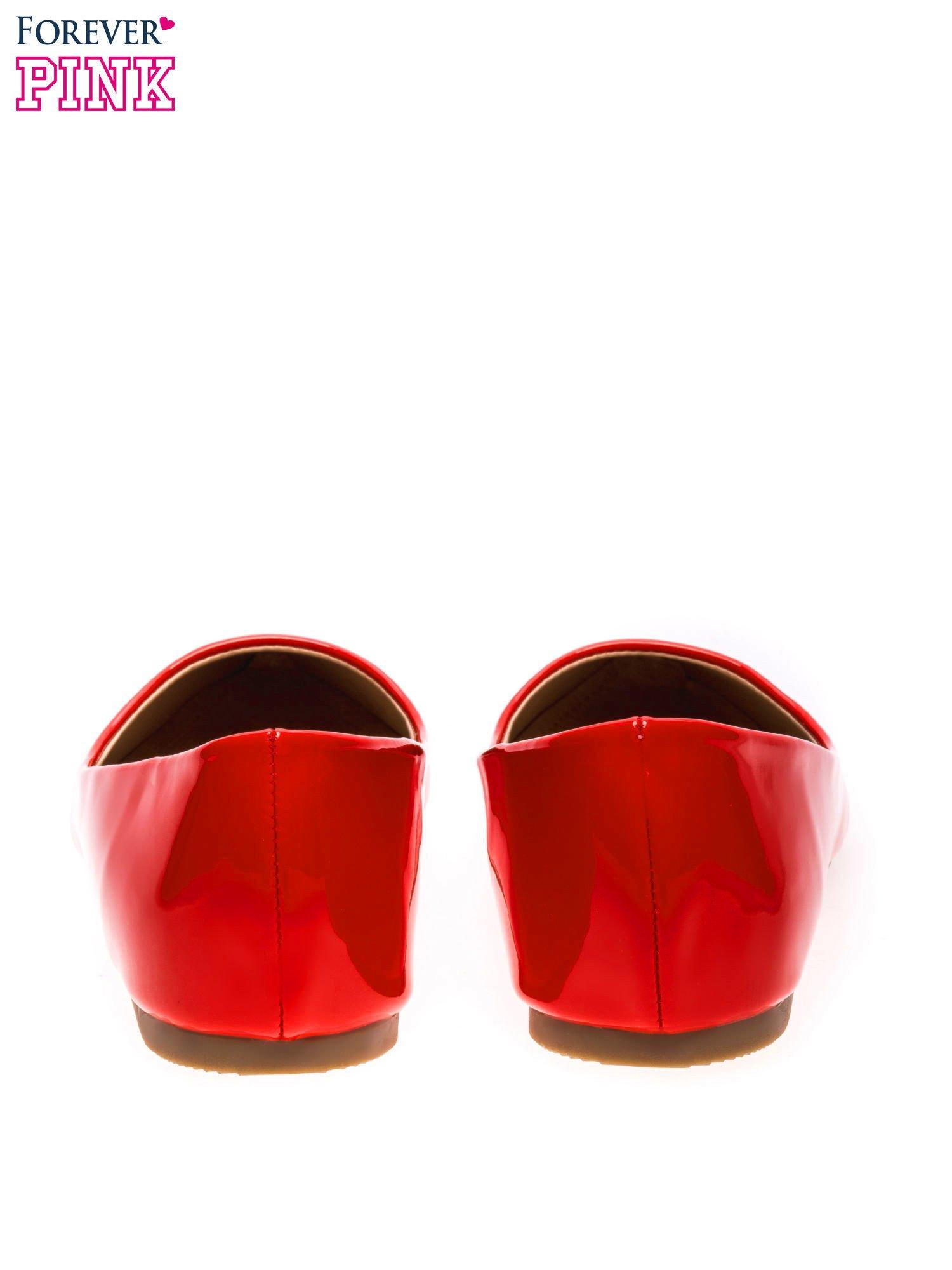 Czerwone lakierowane baleriny w szpic                                  zdj.                                  4