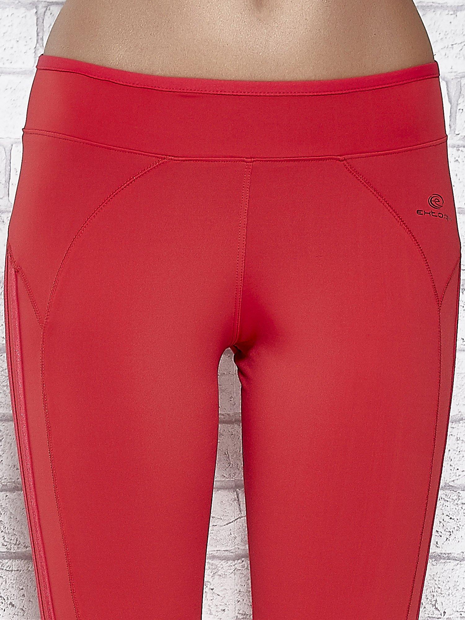 Czerwone legginsy 3/4 sportowe termalne z lampasami                                  zdj.                                  4