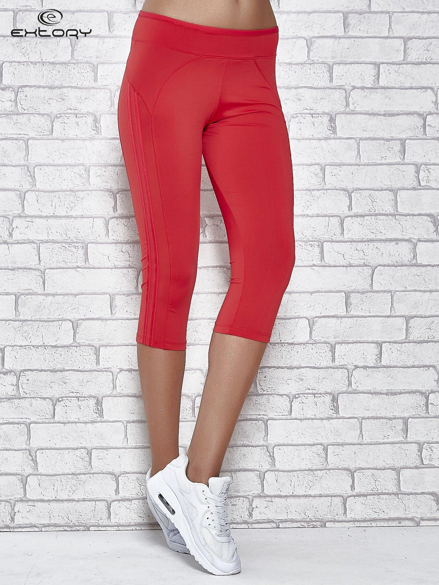 Czerwone legginsy 3/4 sportowe termalne z lampasami                                  zdj.                                  1