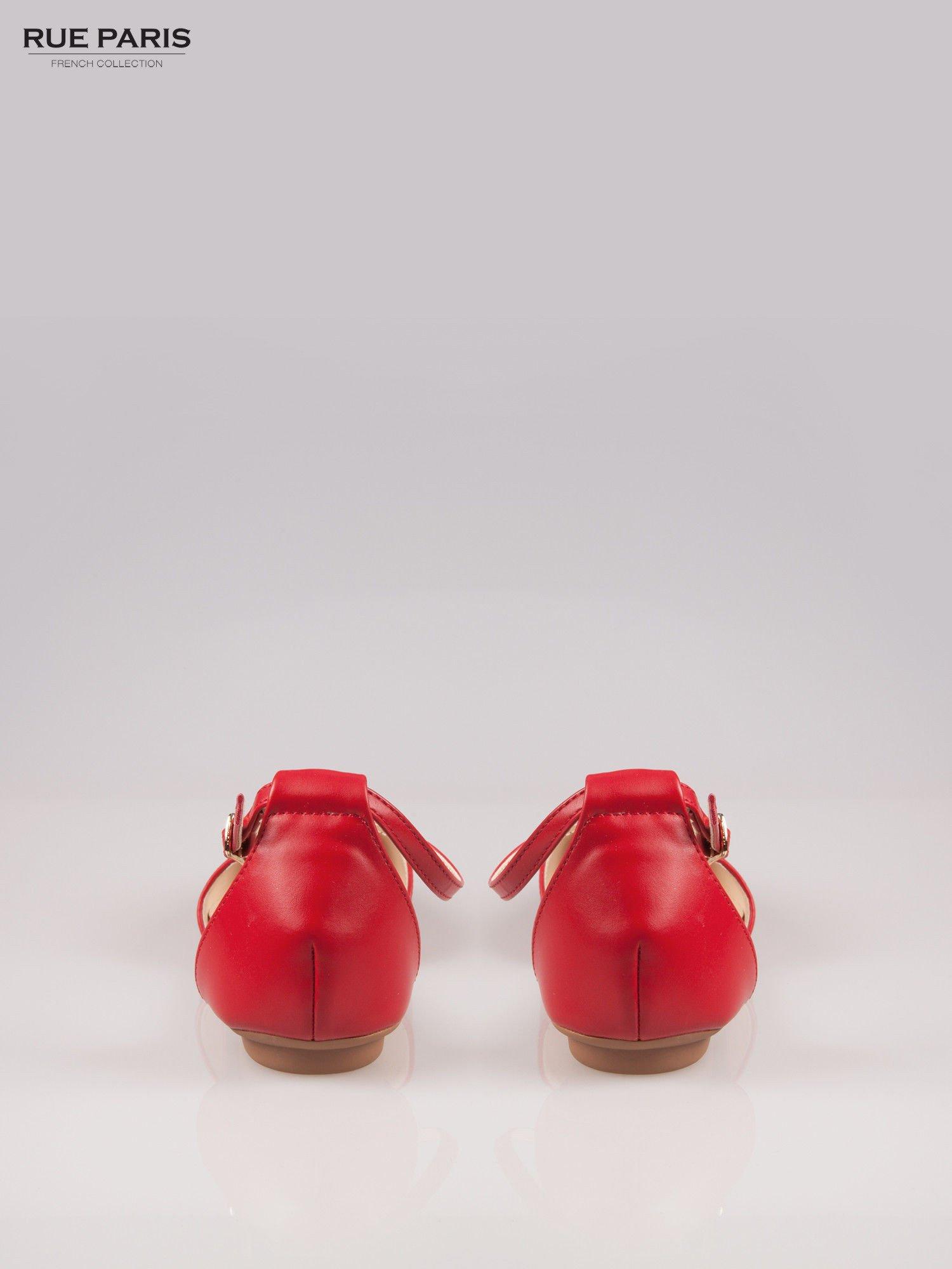 Czerwone odkryte baleriny wiązane w kostce                                  zdj.                                  3