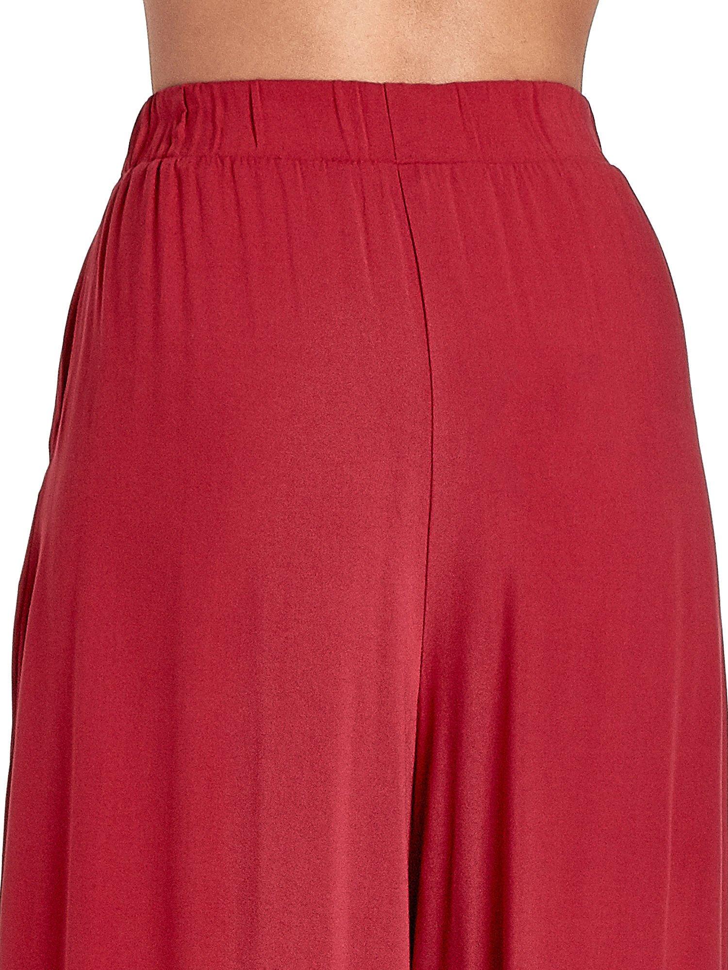 Czerwone zwiewne spodnie typu culottes                                  zdj.                                  6