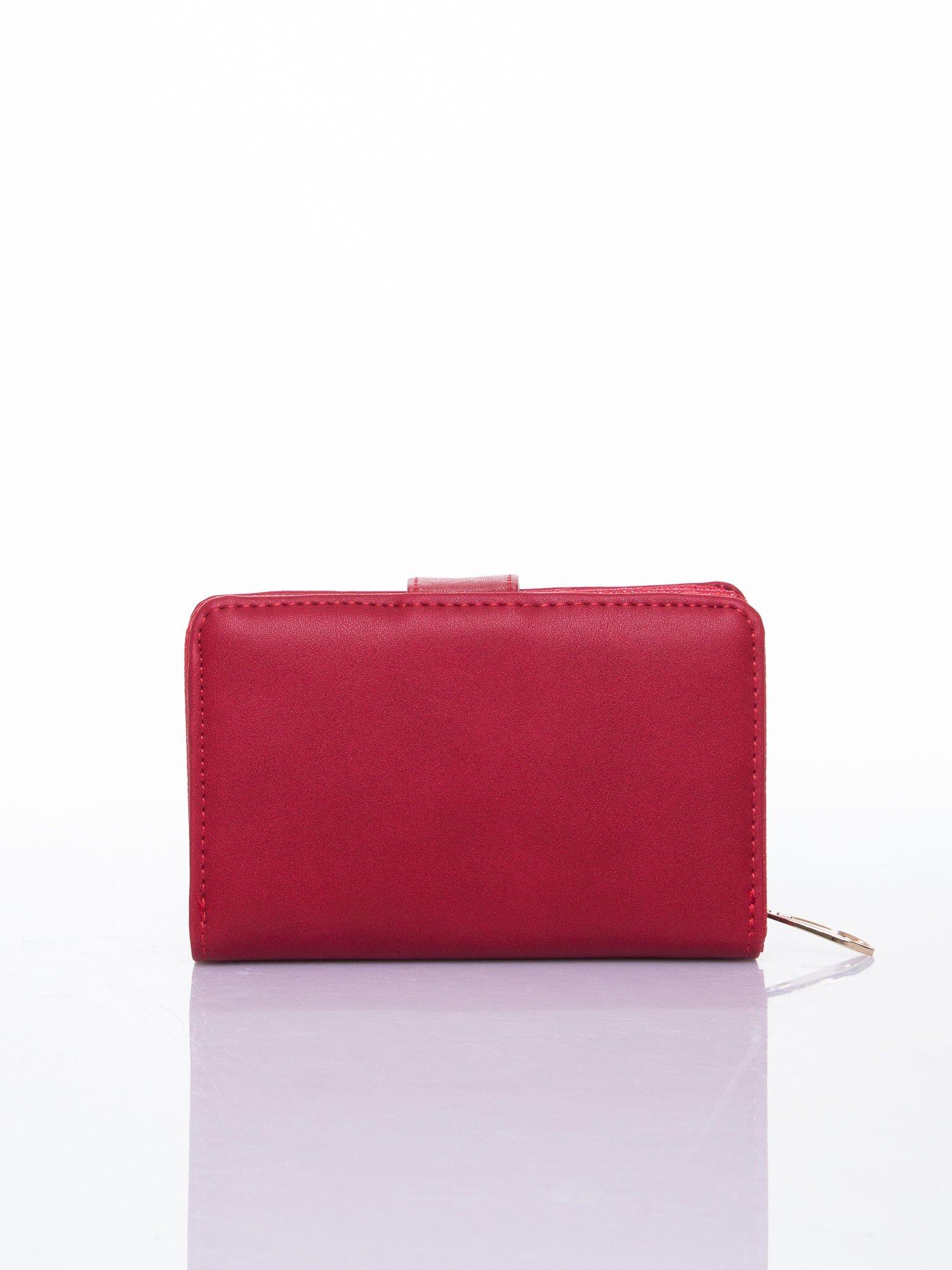 Czerwony portfel z zatrzaskiem                                  zdj.                                  2