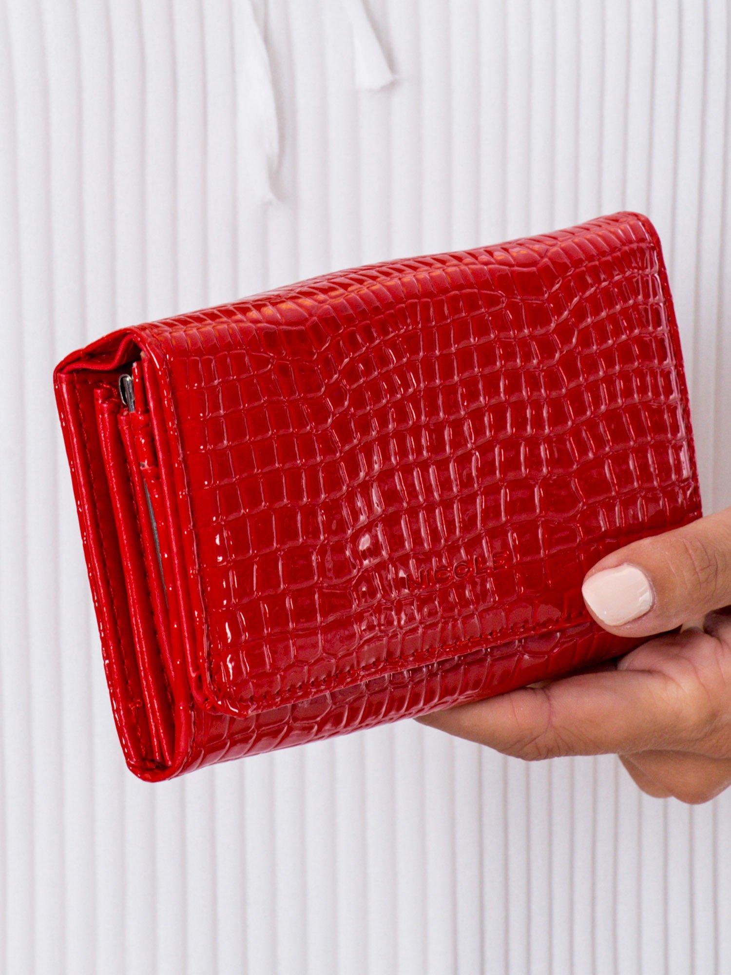 d5d08ad49 Czerwony tłoczony portfel z ekoskóry - Akcesoria portfele - sklep ...
