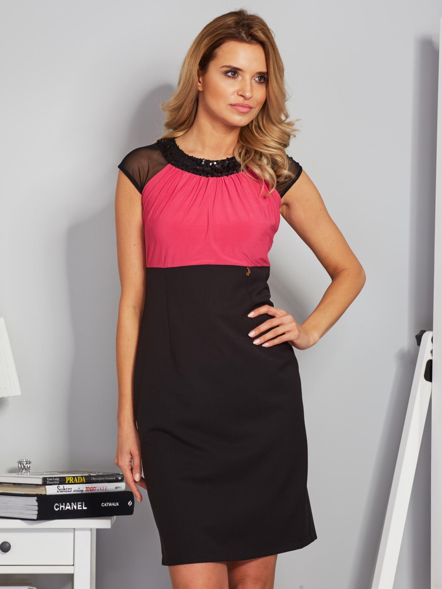 7605a6e260 Dopasowana sukienka koktajlowa z szarfą czarno-różowa - Sukienka ...