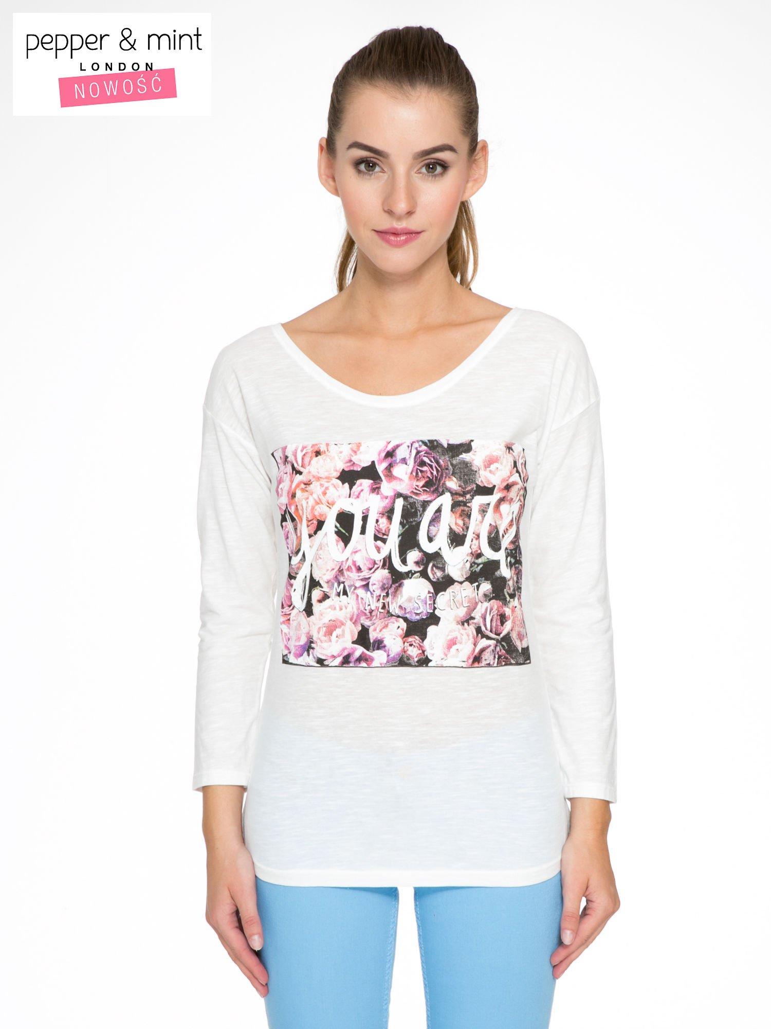 Ecru bluzka z motywem kwiatowym YOU ARE...                                  zdj.                                  1