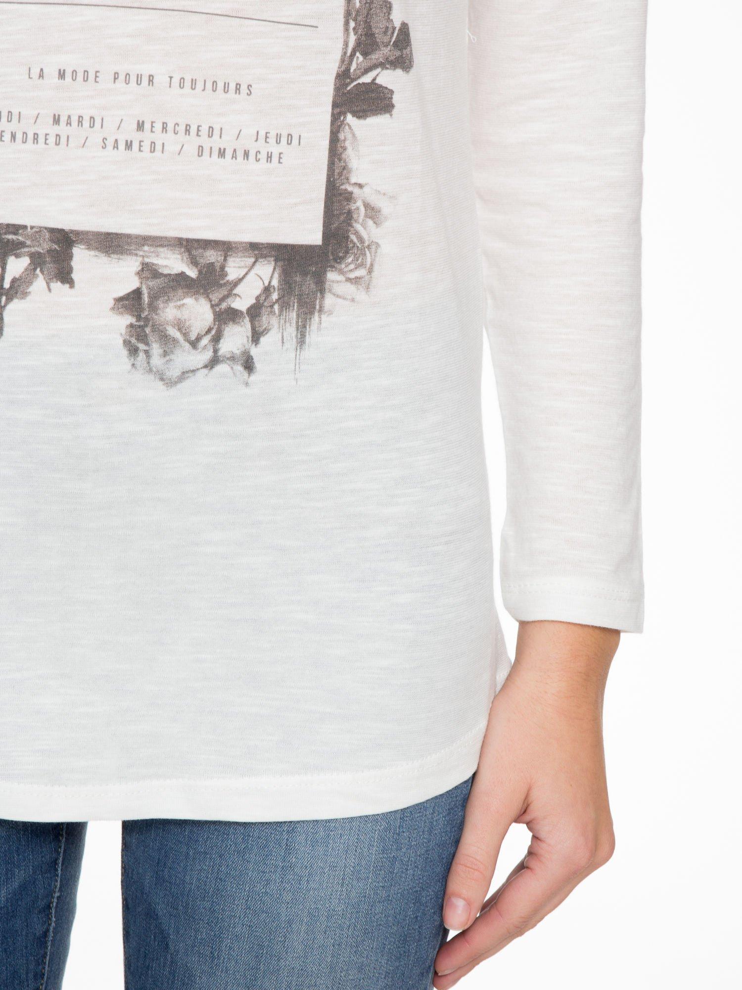 Ecru bluzka z nadrukiem kwiatowym i napisem L'ETERNITÉ                                  zdj.                                  6