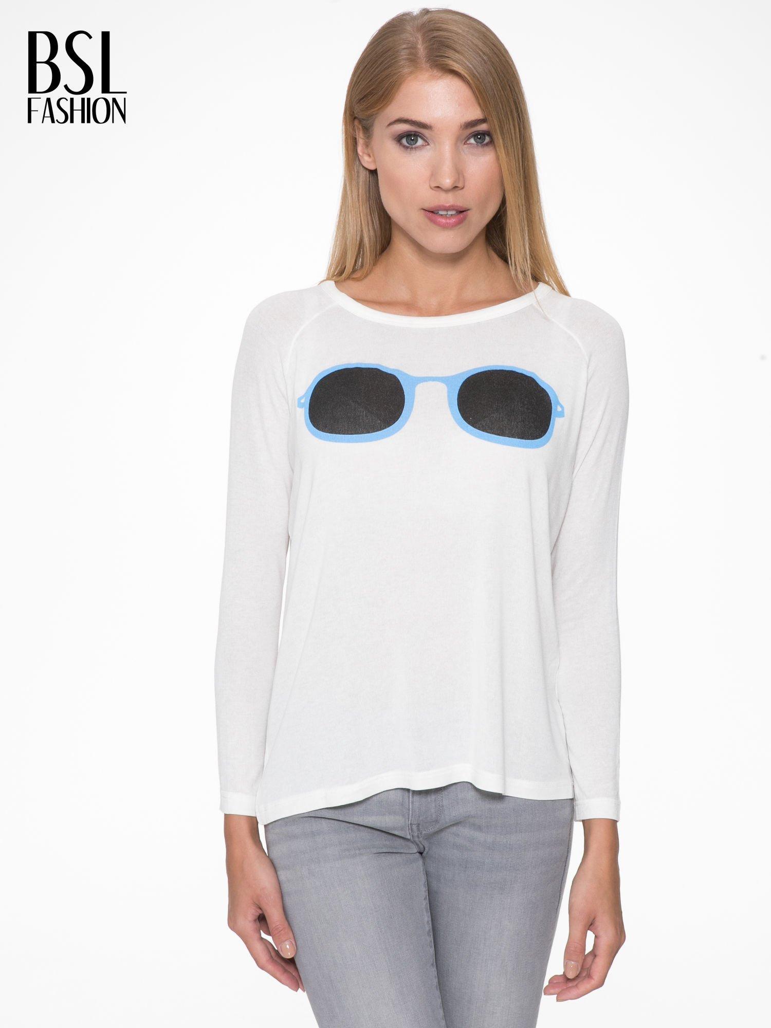 Ecru bluzka z nadrukiem okularów                                  zdj.                                  1