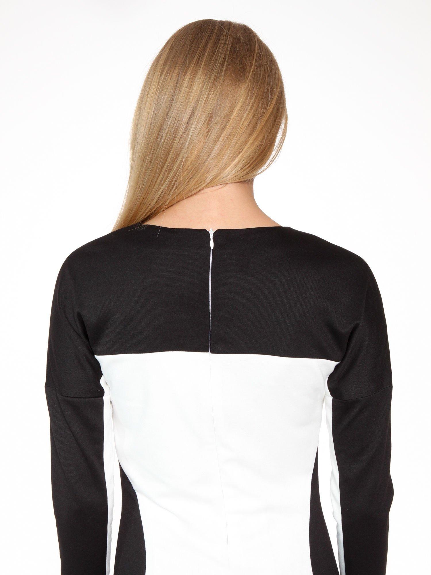 Ecru-czarna sukienka modułowa z zamkiem z tyłu                                  zdj.                                  8
