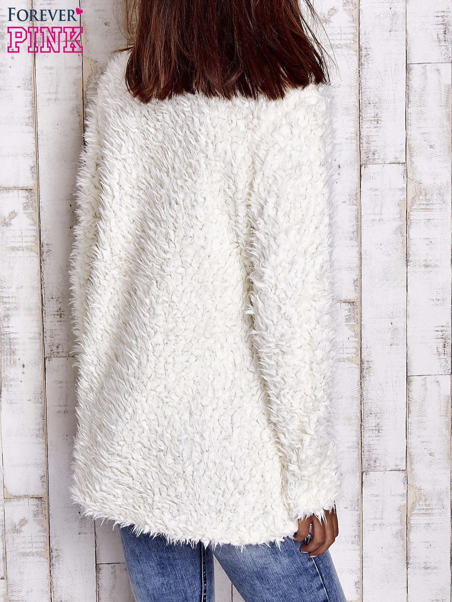 Ecru futrzany sweter kurtka na suwak                                  zdj.                                  6