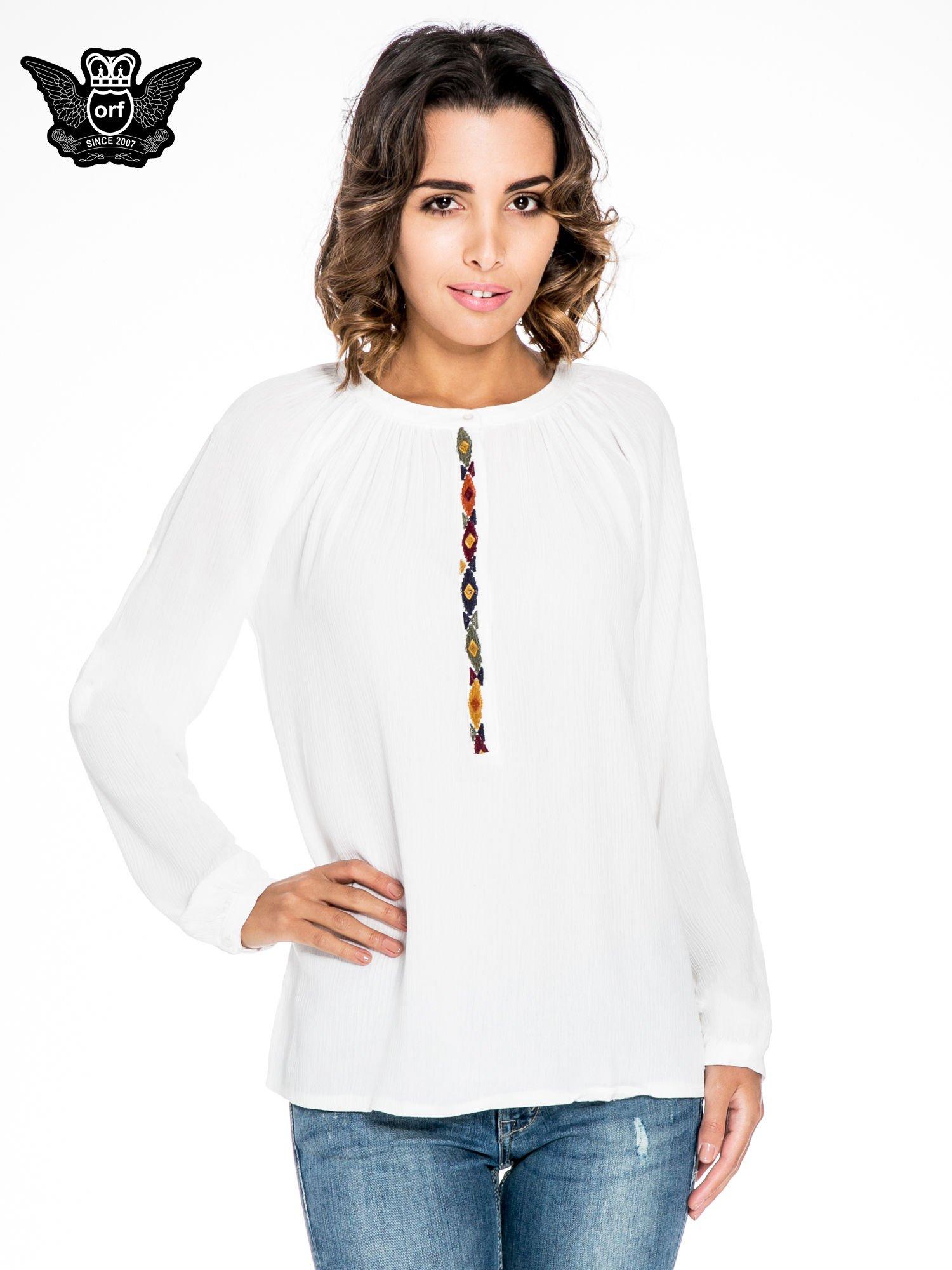Ecru koszula z marszczonym dekoltem i wzorzystą wstawką w stylu hippie                                  zdj.                                  1