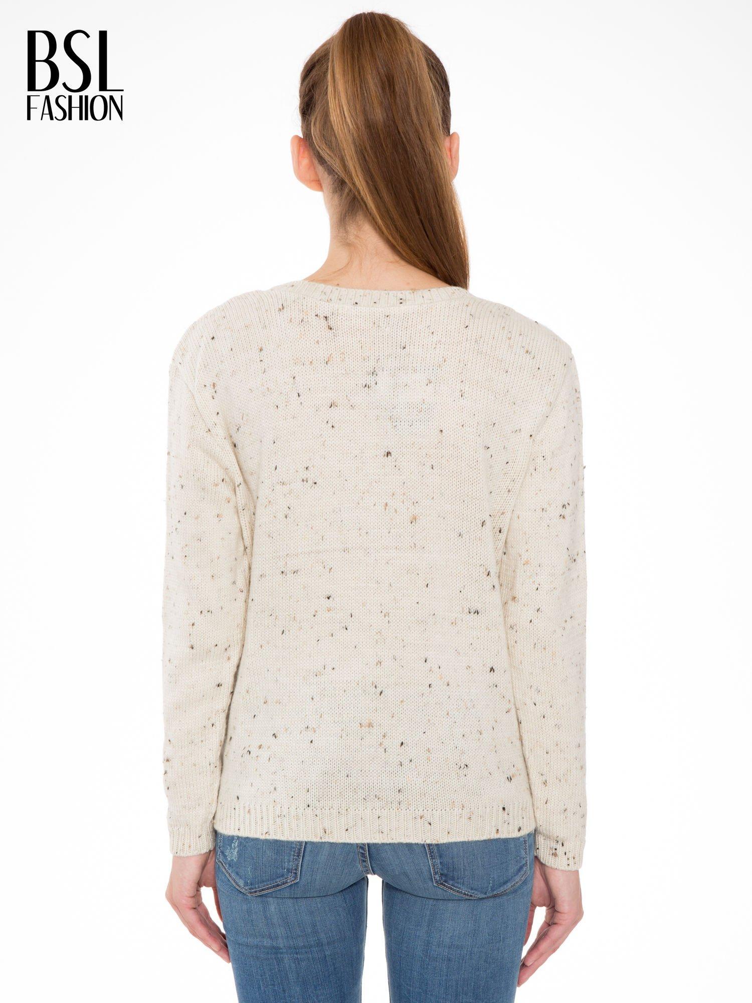 Ecru sweter z nadrukiem kota                                  zdj.                                  4