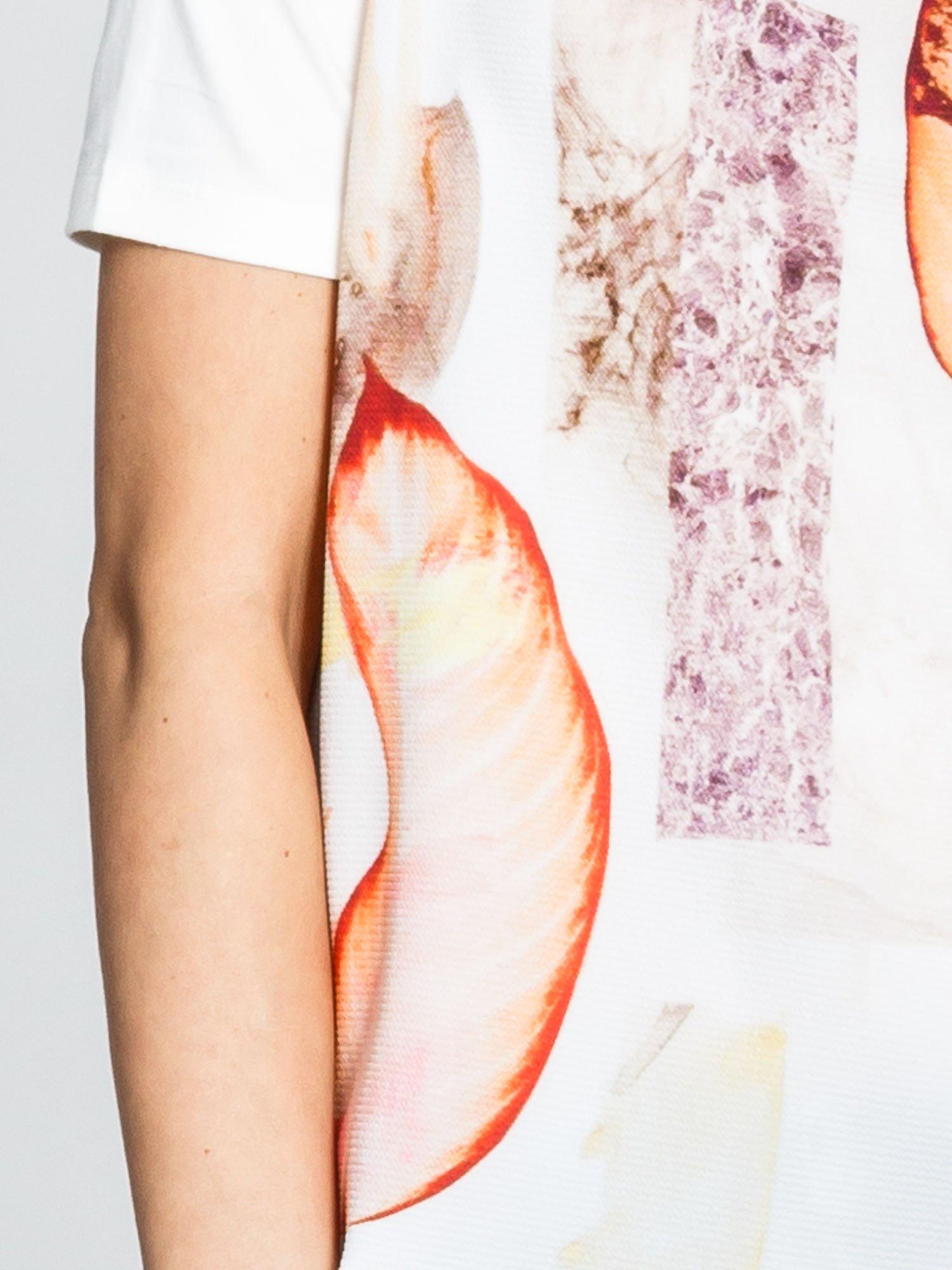 Ecru t-shirt z nadrukiem all over floral print                                  zdj.                                  5