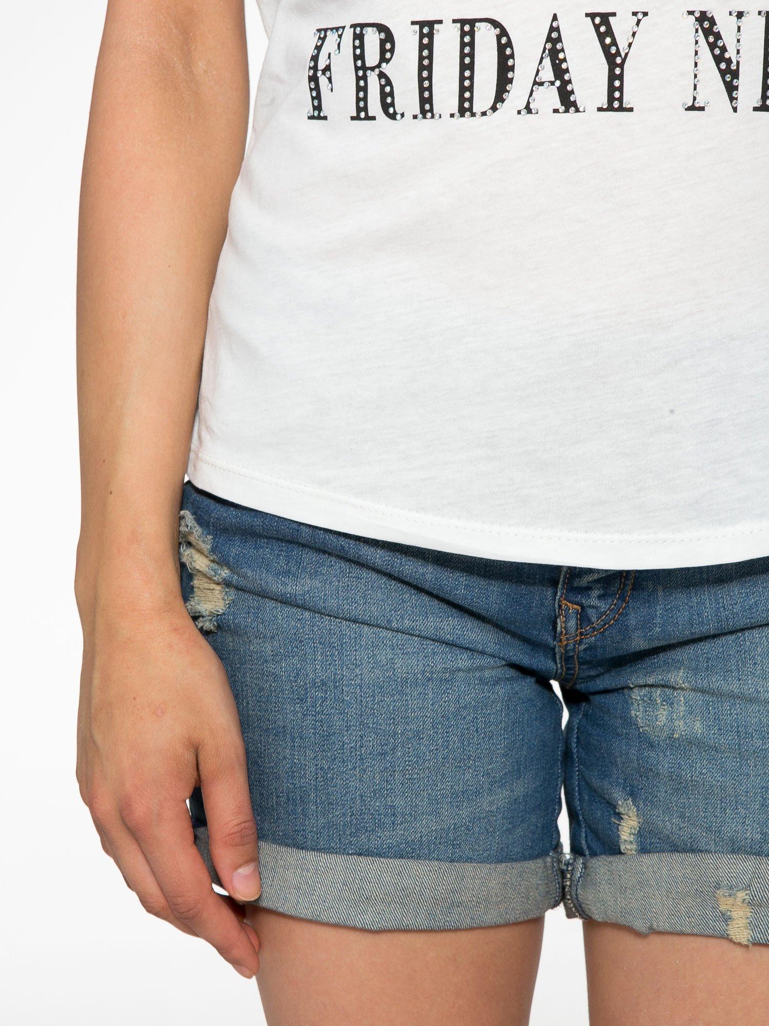 Ecru t-shirt z nadrukiem szczeniąt                                  zdj.                                  6