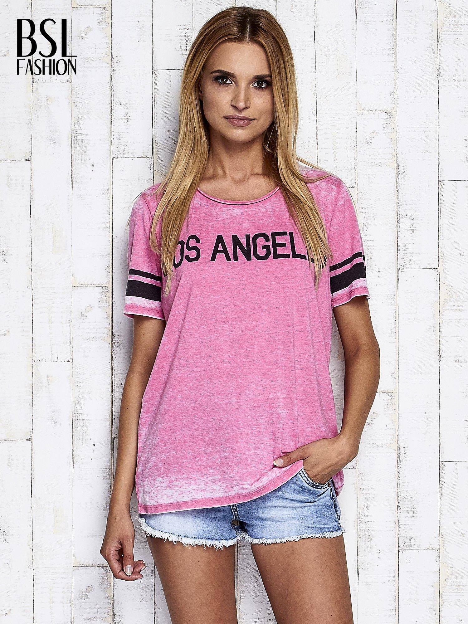 Fuksjowy t-shirt acid wash z napisem LOS ANGELES                                  zdj.                                  3