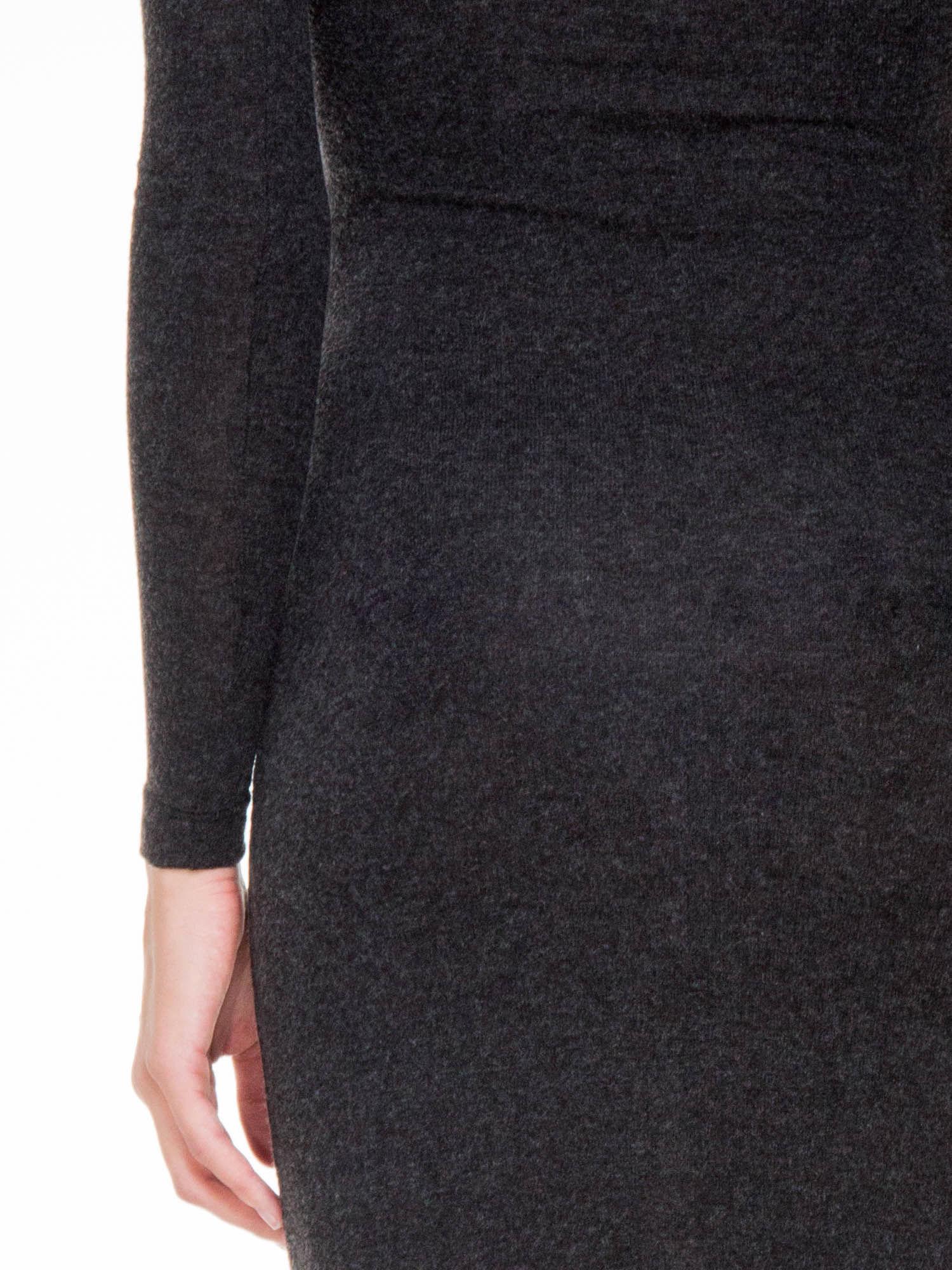 Grafitowa maxi sukienka z asymetryczną wstawką na dole z tiulu                                  zdj.                                  8