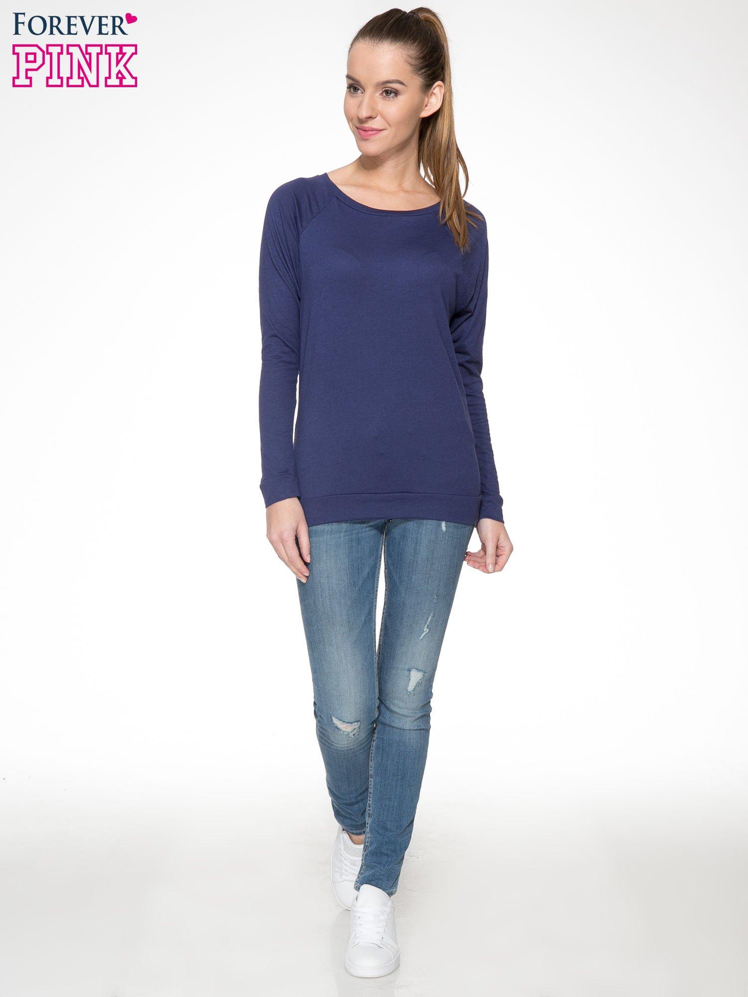 Granatowa bawełniana bluzka z rękawami typu reglan                                  zdj.                                  2