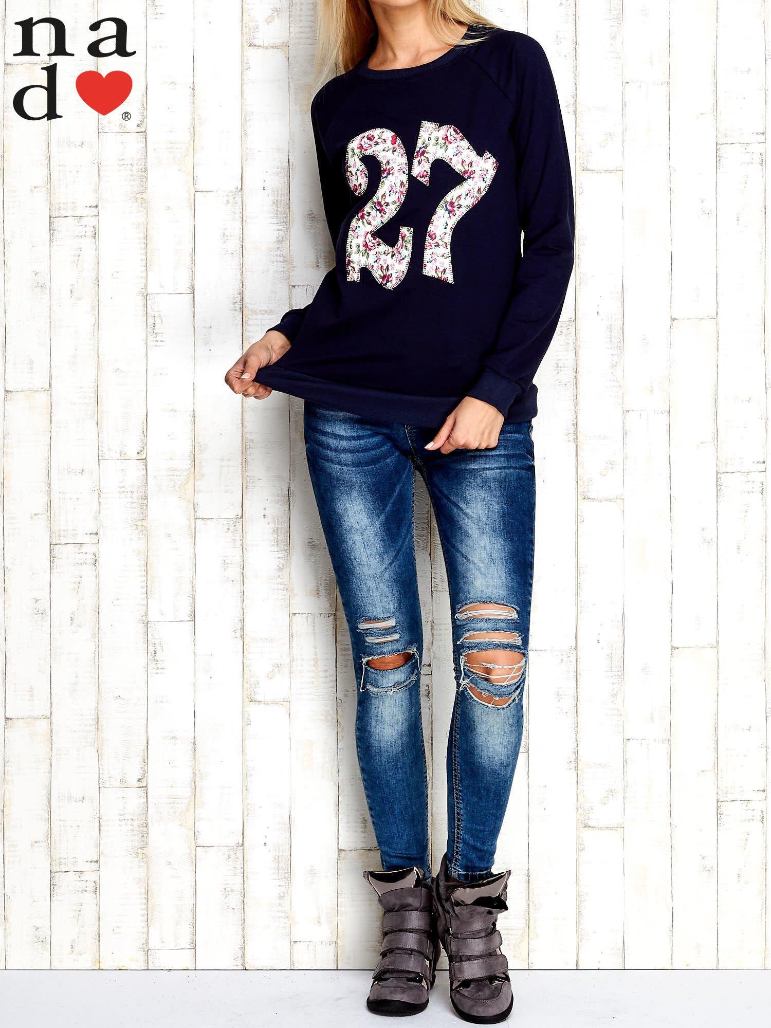 Granatowa bluza z cyfrą 27                                  zdj.                                  4
