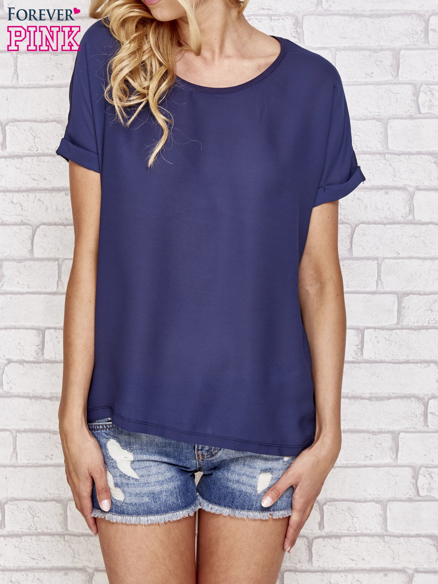 Granatowa bluzka koszulowa z koronką z tyłu                                  zdj.                                  1