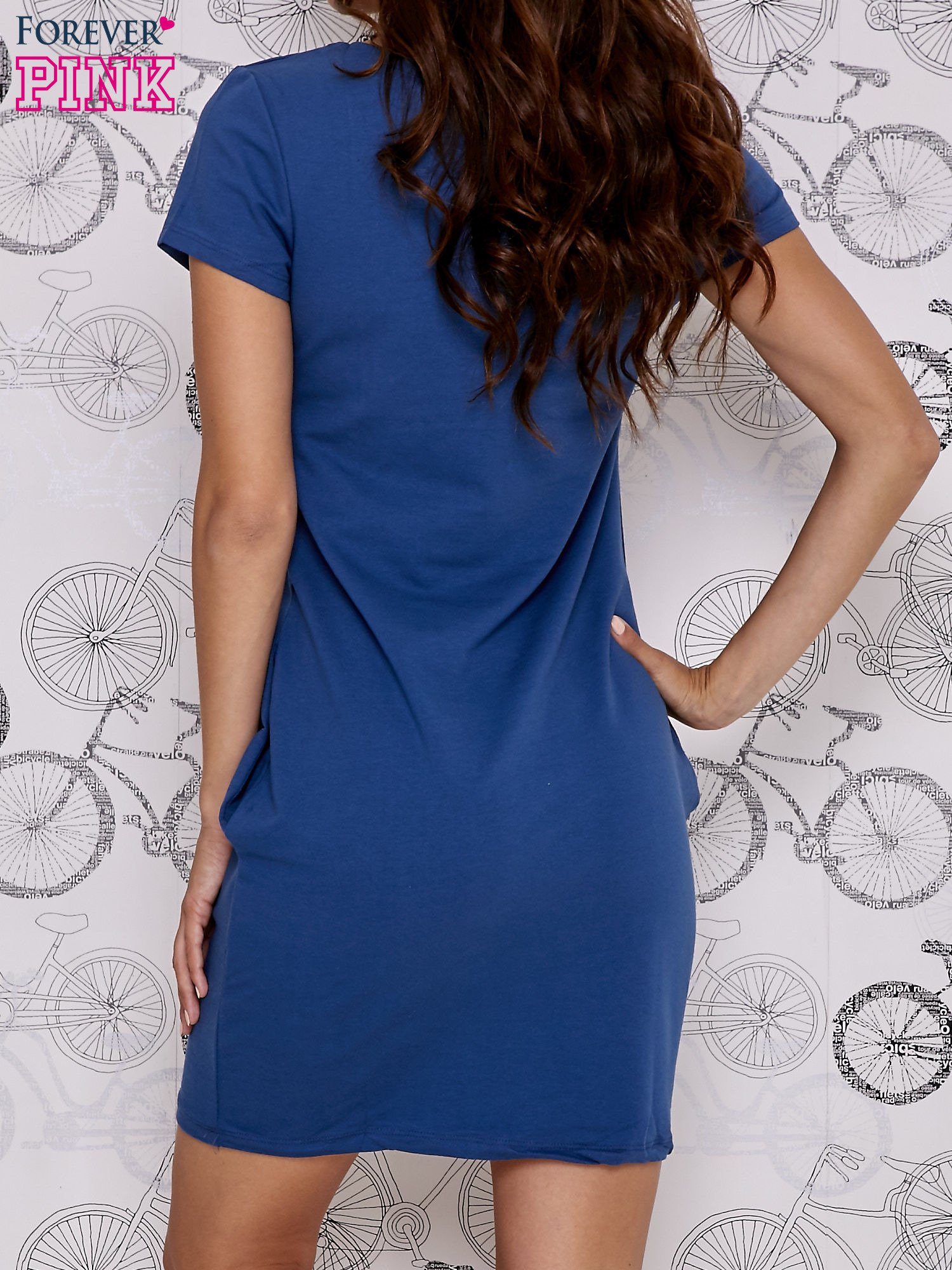 Granatowa sukienka dresowa z napisem GO TO THE GYM                                  zdj.                                  4