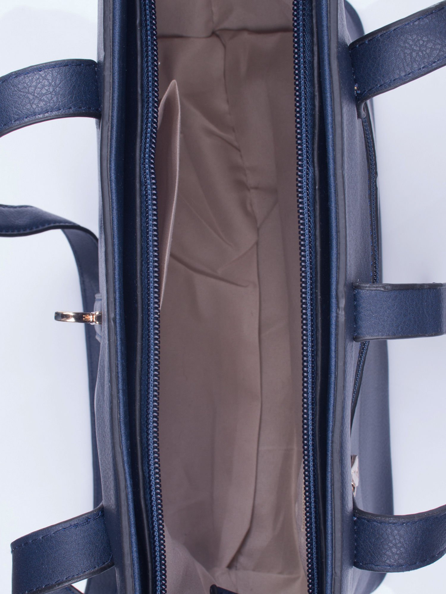 Granatowa torebka na złotą przekrętkę                                  zdj.                                  4