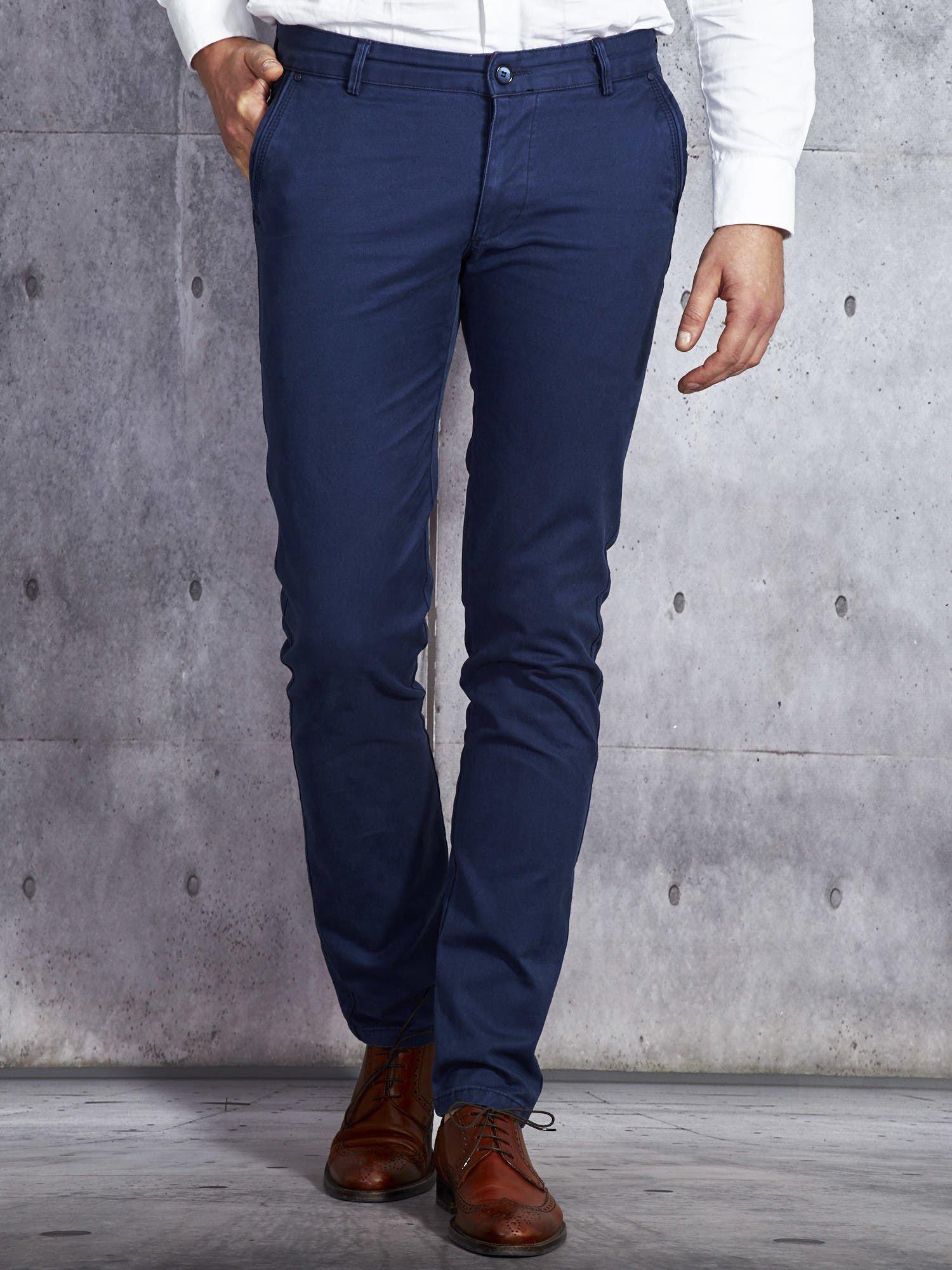 60683467ed37f Granatowe spodnie męskie o prostym kroju - Mężczyźni Spodnie z materiału  męskie - sklep eButik.pl