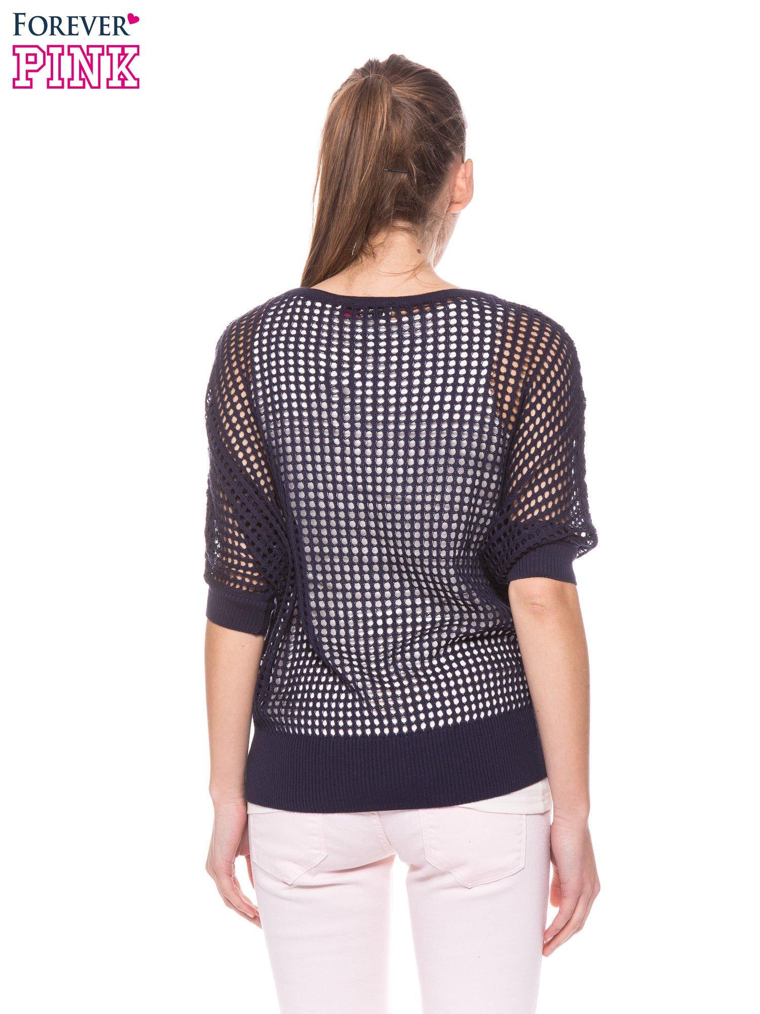 Granatowy ażurowy sweter oversize                                  zdj.                                  4
