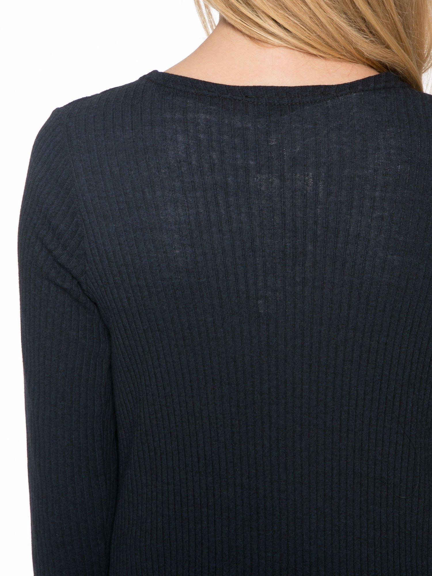 Granatowy długi prążkowany sweter kardigan                                  zdj.                                  8