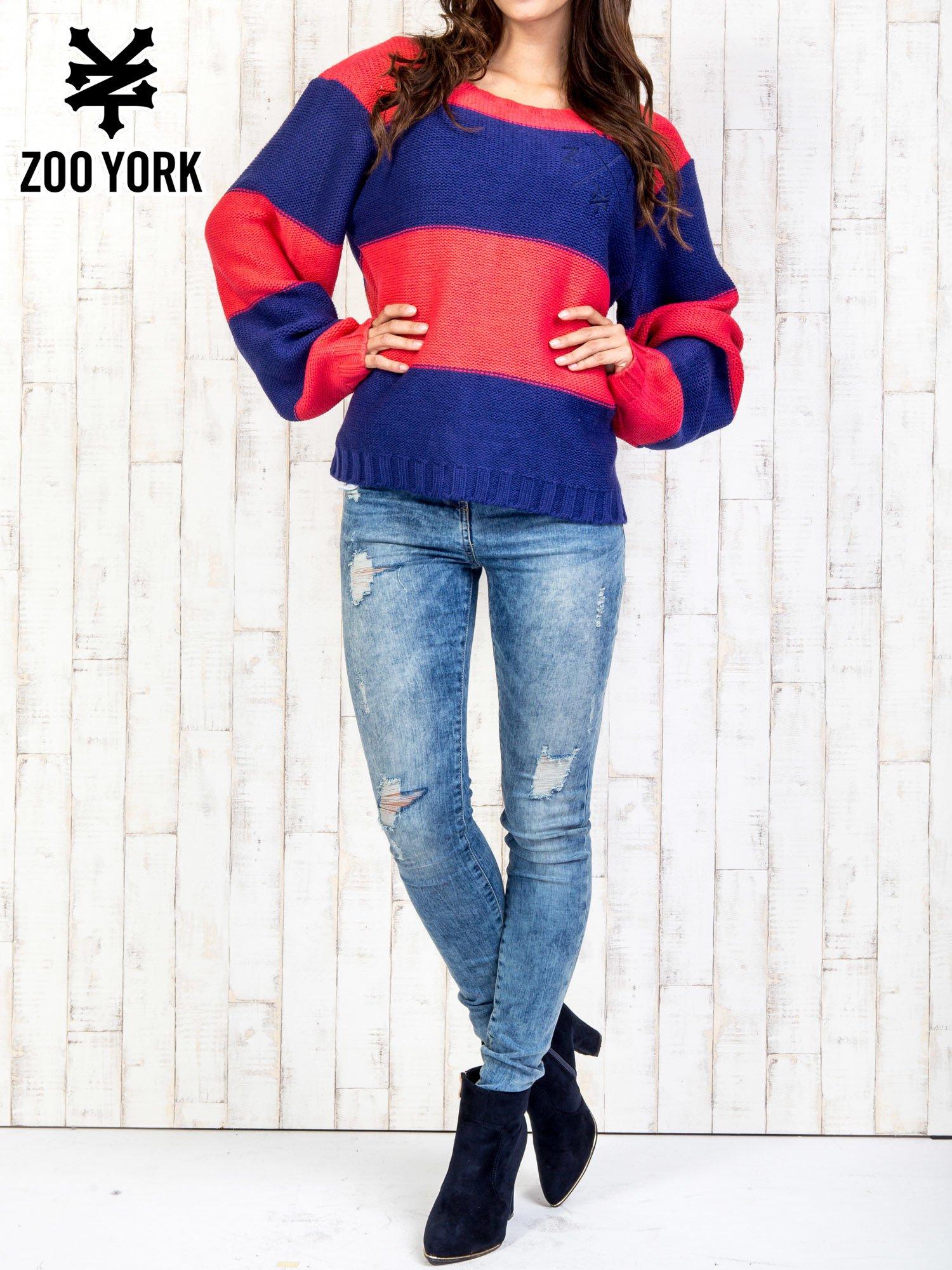 Granatowy sweter w pasy                                   zdj.                                  7