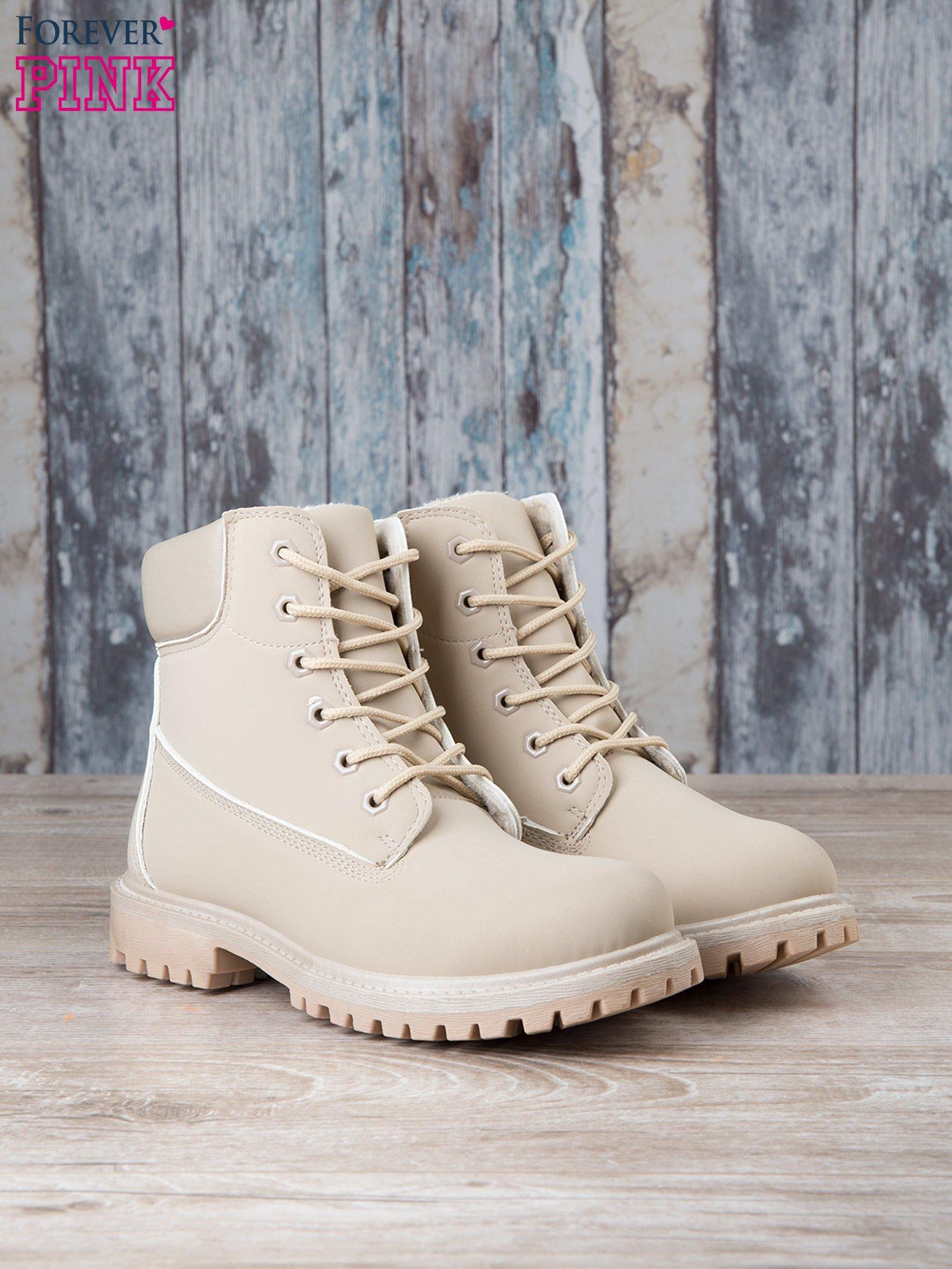 Jasnobeżowe jednolite buty trekkingowe damskie Westie traperki ocieplane                                  zdj.                                  3