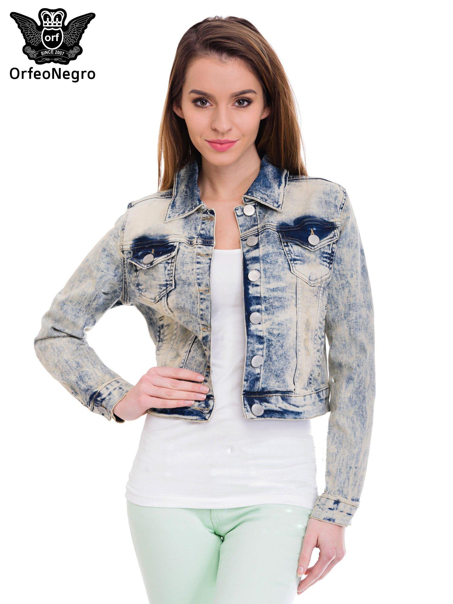 Jasnoniebieska kurtka jeansowa damska z marmurkowego denimu                                  zdj.                                  1