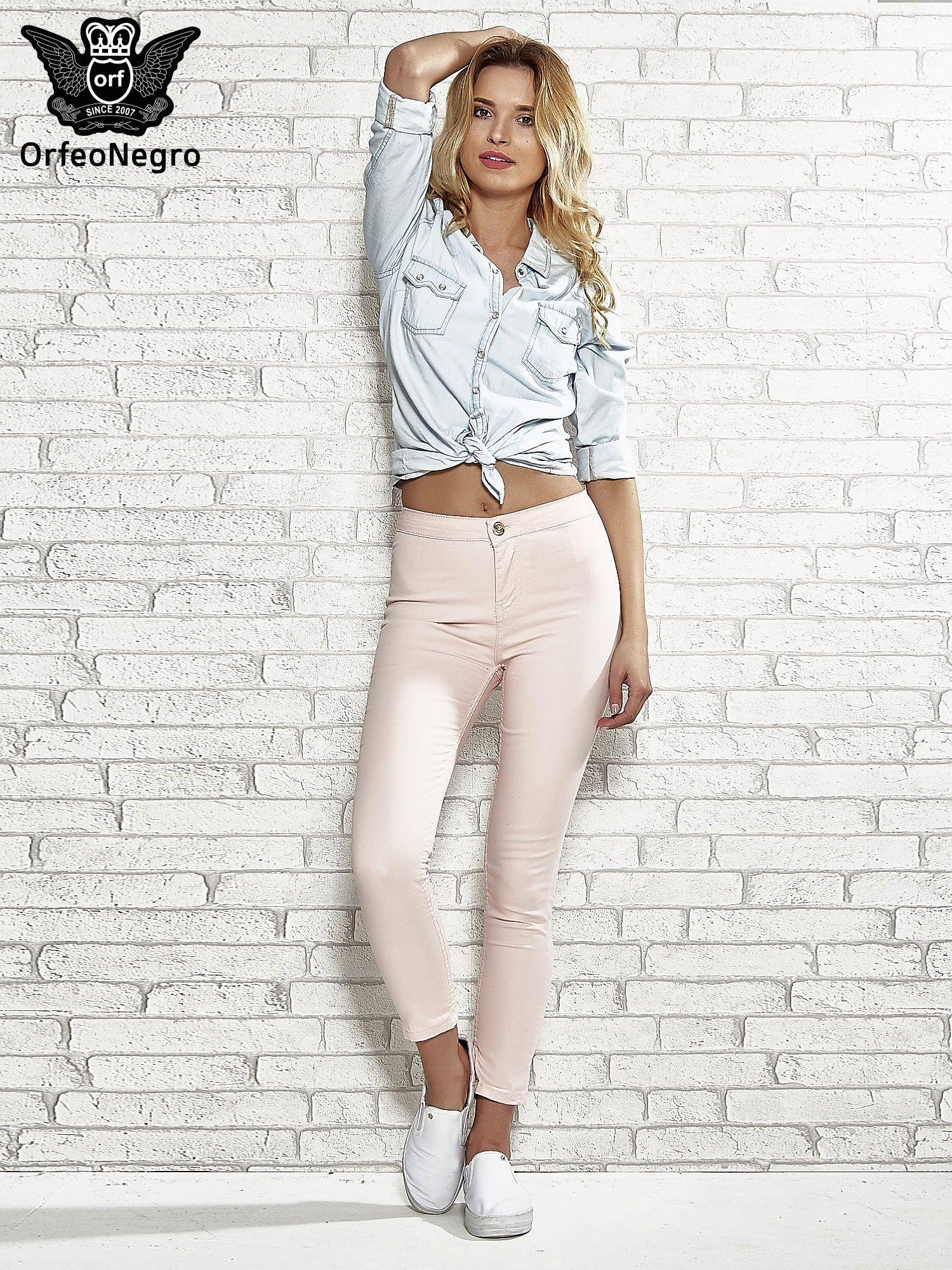 Jasnoróżowe spodnie rurki skinny                                  zdj.                                  2