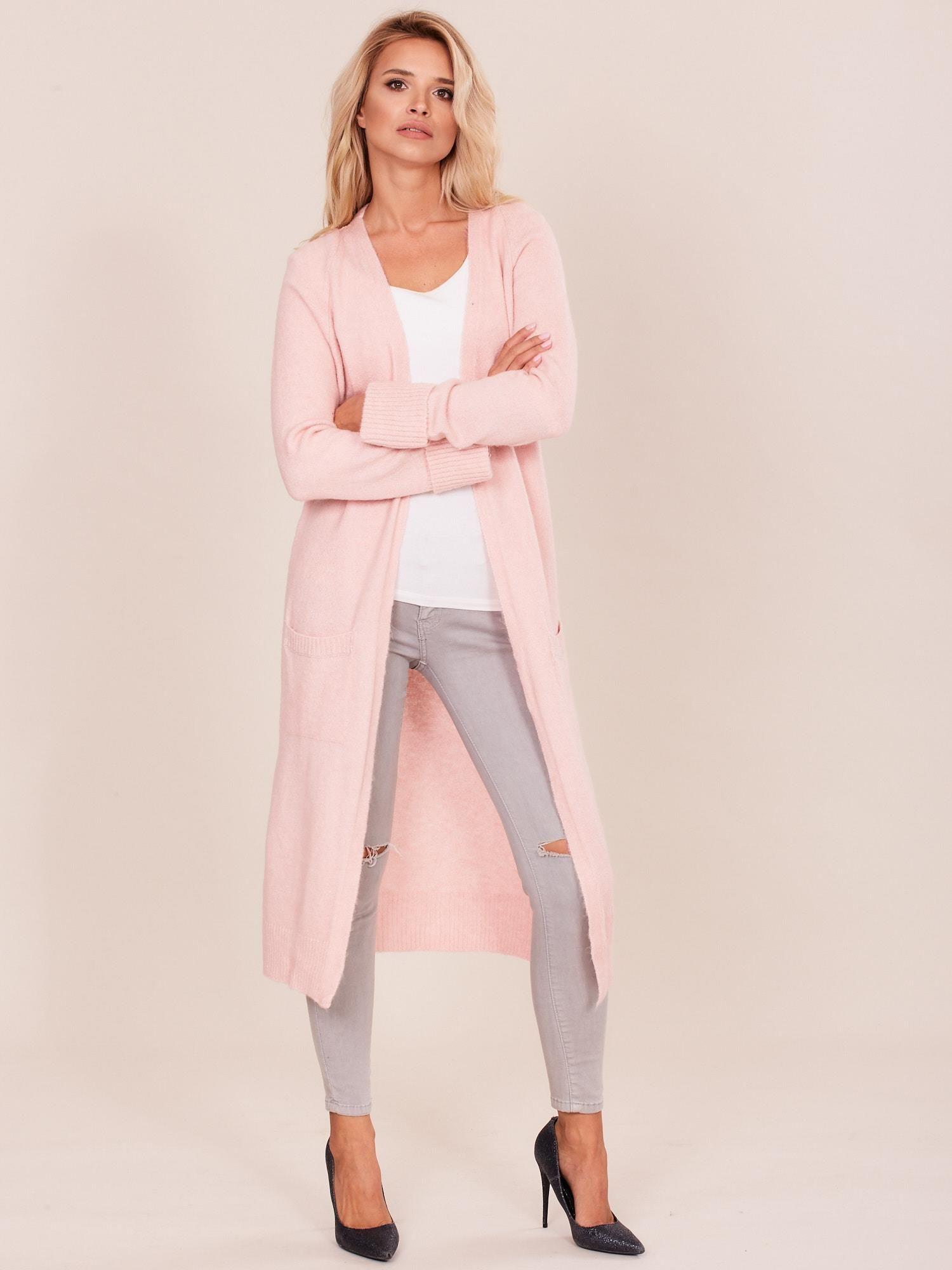 f8723f96aedd99 Jasnoróżowy długi sweter damski - Sweter długi - sklep eButik.pl