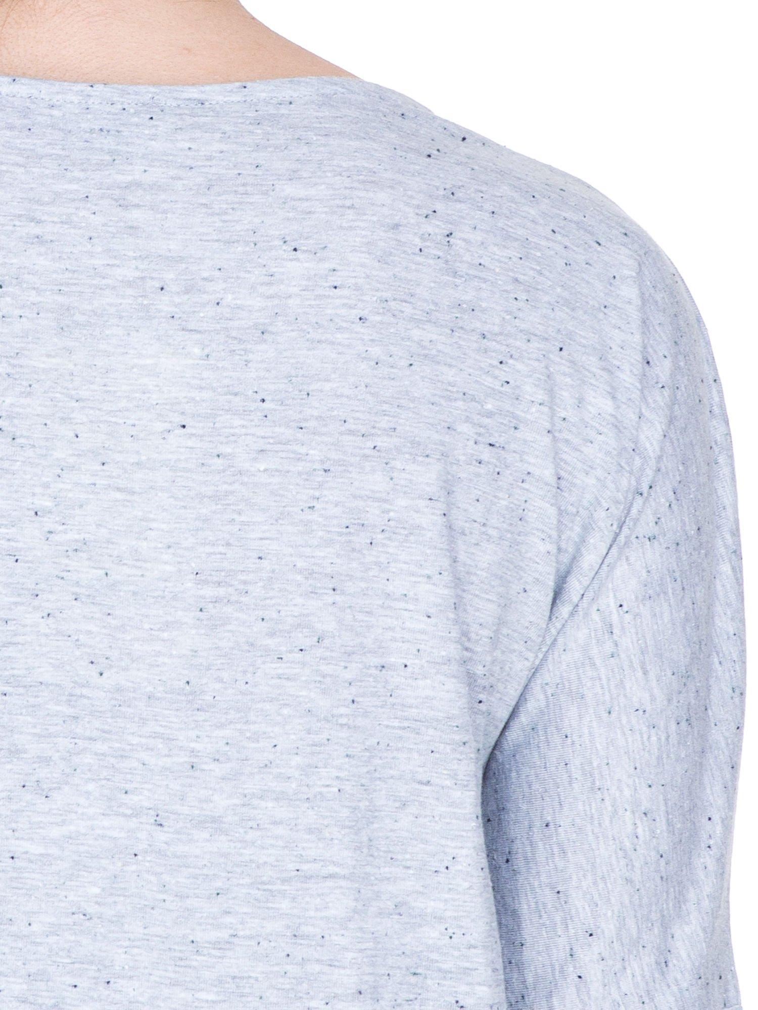 Jasnoszara tunika dresowa z obniżoną linią ramion                                  zdj.                                  7