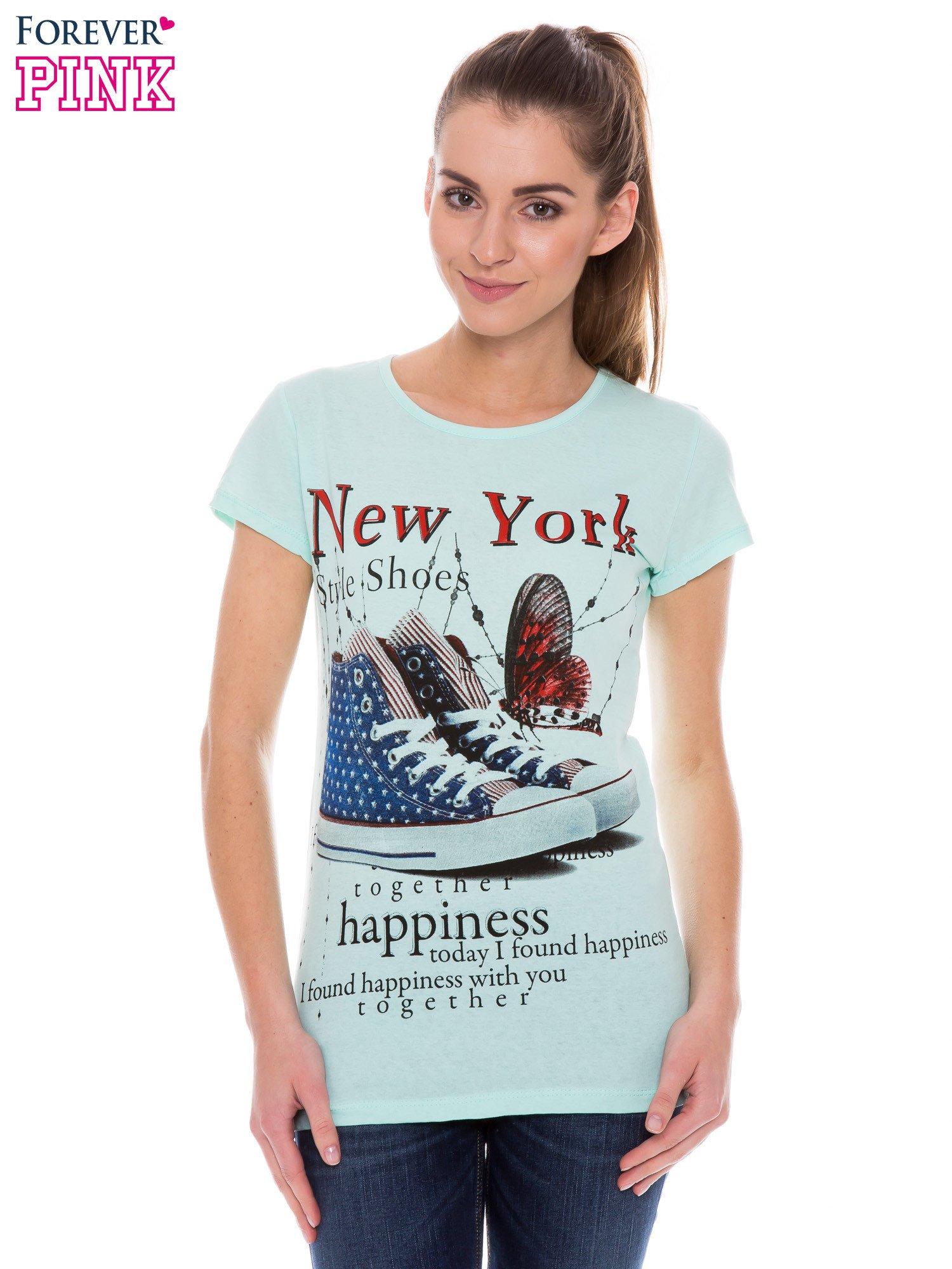 Jasnozielony t-shirt z nadrukiem trampek                                  zdj.                                  1