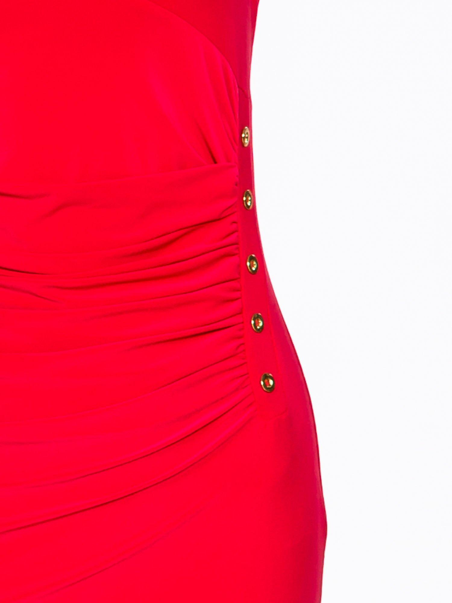 Koralowa sukienka z drapowaniem                                  zdj.                                  6