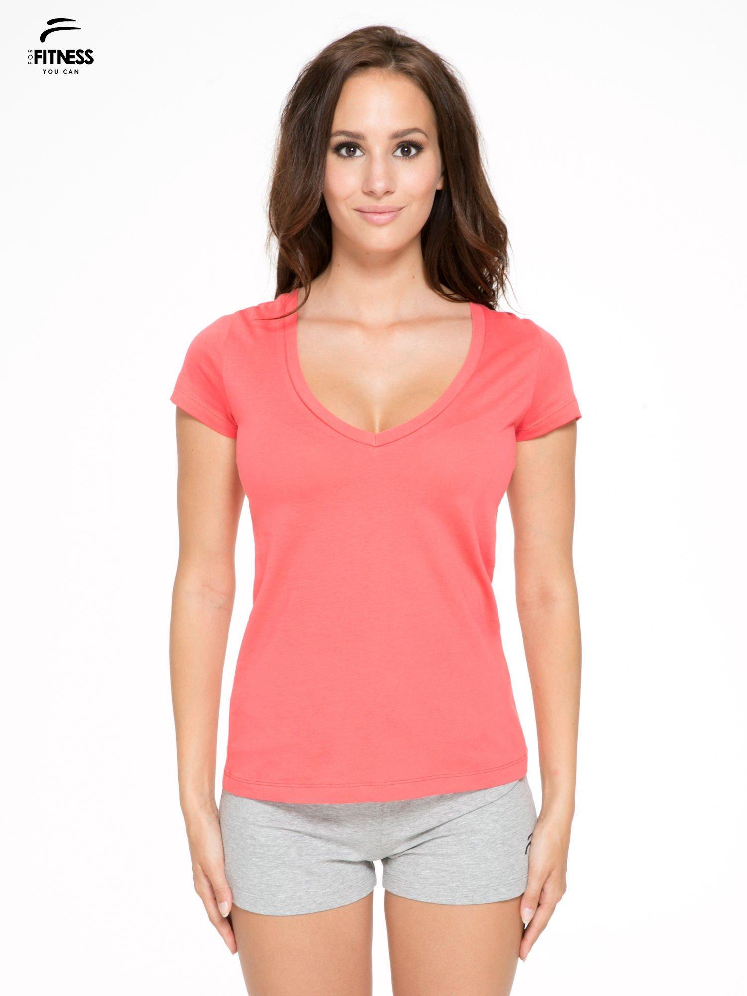 Koralowy gładki t-shirt z dekoltem w serek                                  zdj.                                  1