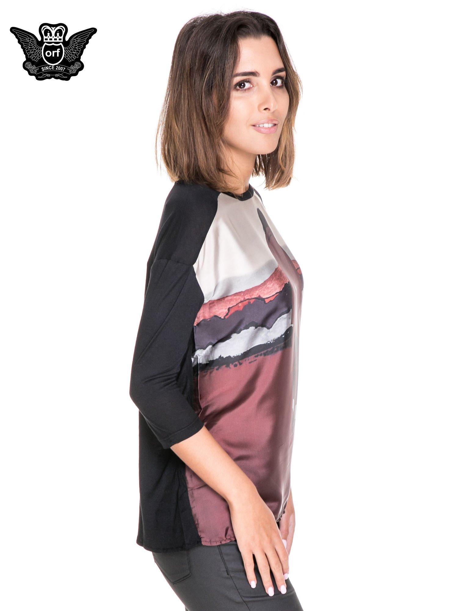 Koszula z satynowym przodem i nadrukiem kobiety                                  zdj.                                  3