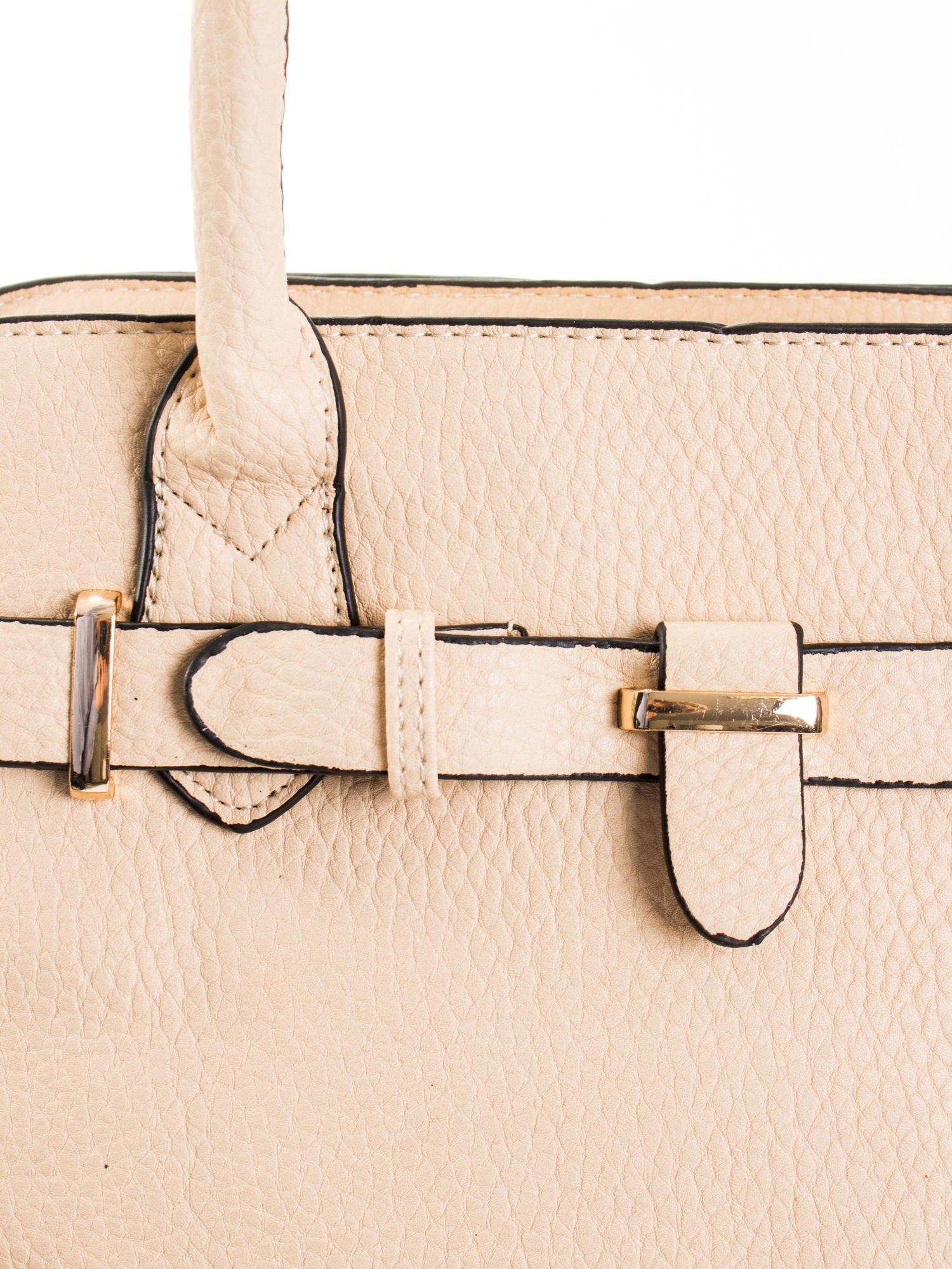 Kremowa torba z klamrami z odpinanym paskiem                                  zdj.                                  5