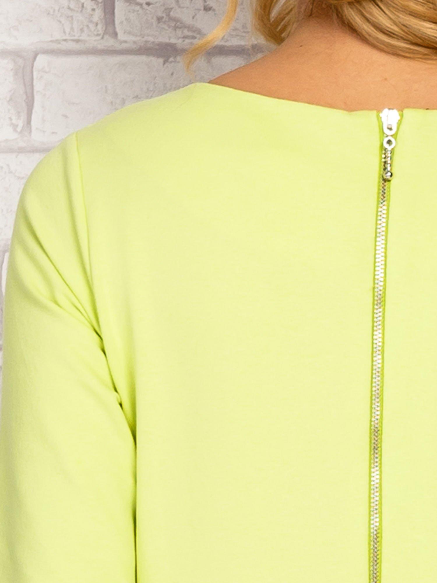 Limonkowa sukienka z kieszeniami na suwak                                  zdj.                                  6