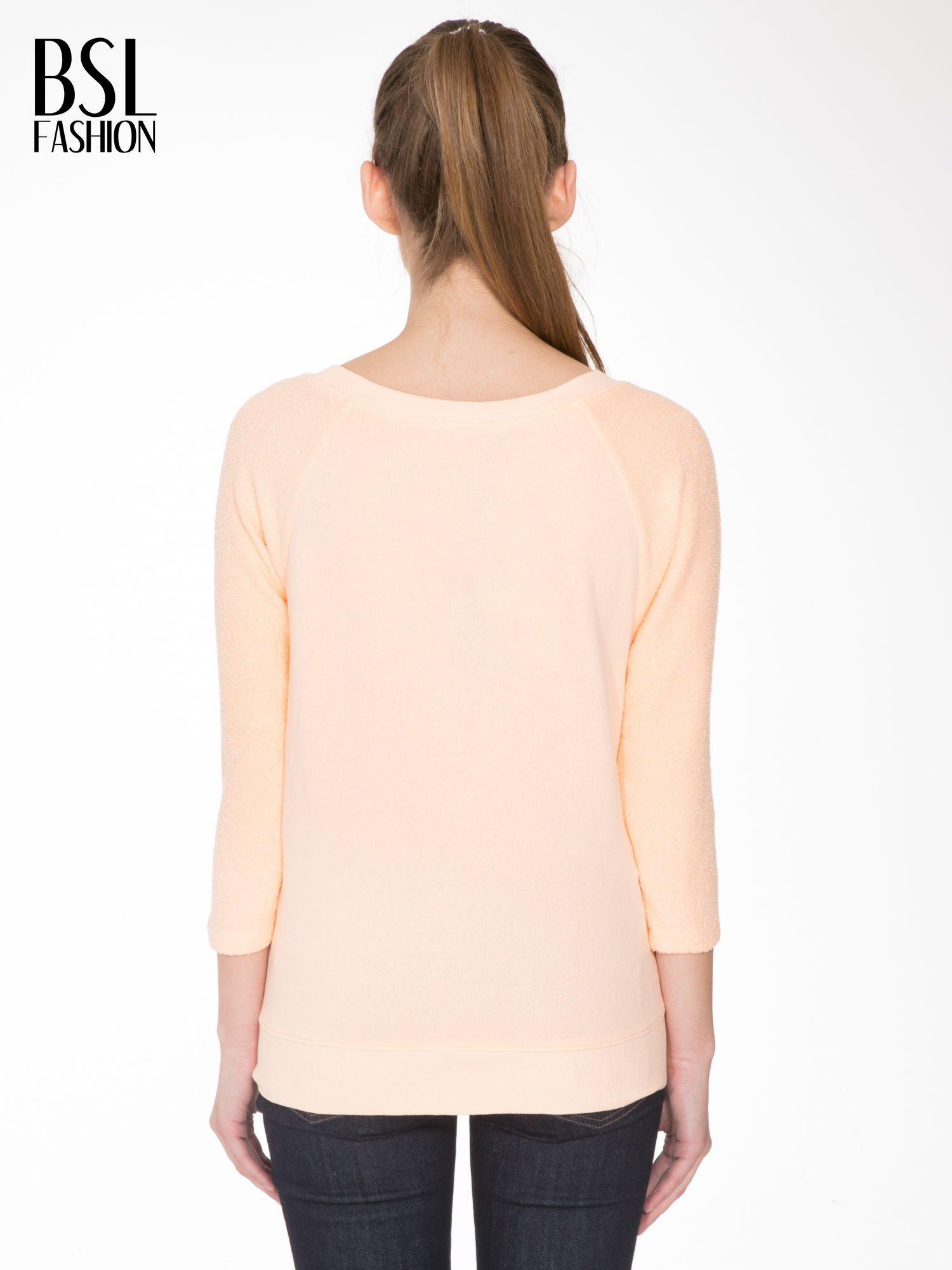 Łososiowa bluza oversize z łączonych materiałów                                  zdj.                                  4