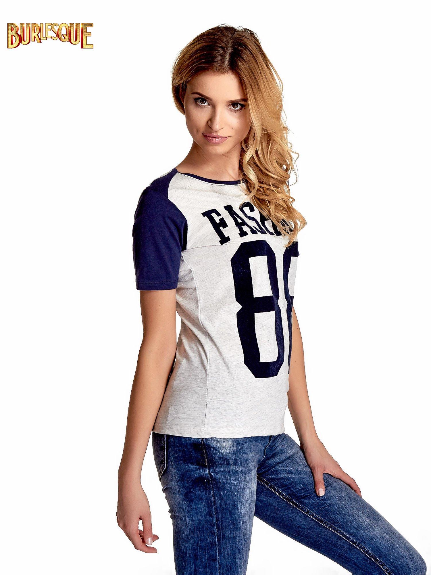 Melanżowo-granatowy t-shirt z nadrukiem FASHION 88                                  zdj.                                  3