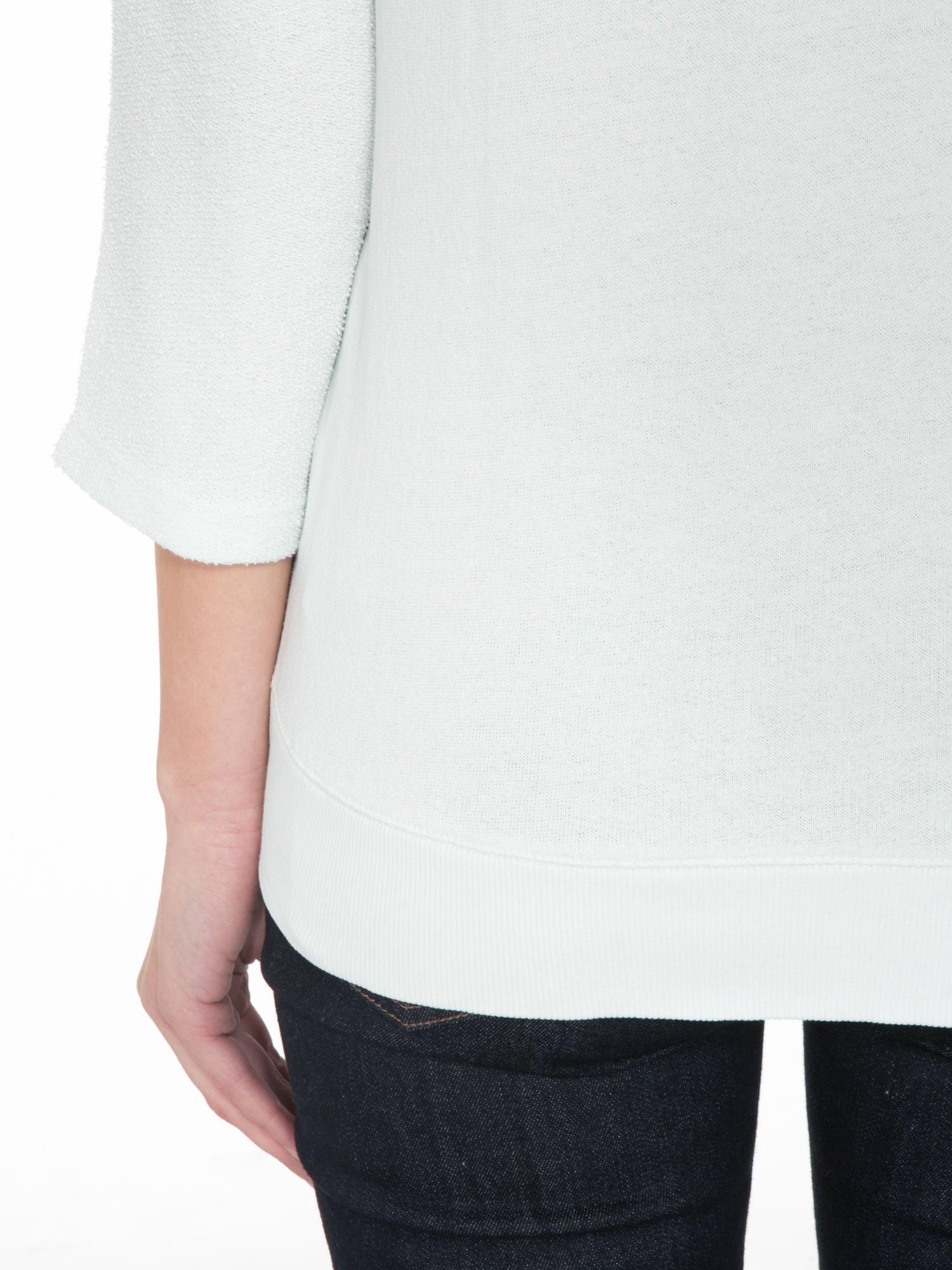 Miętowa bluza oversize z łączonych materiałów                                  zdj.                                  8