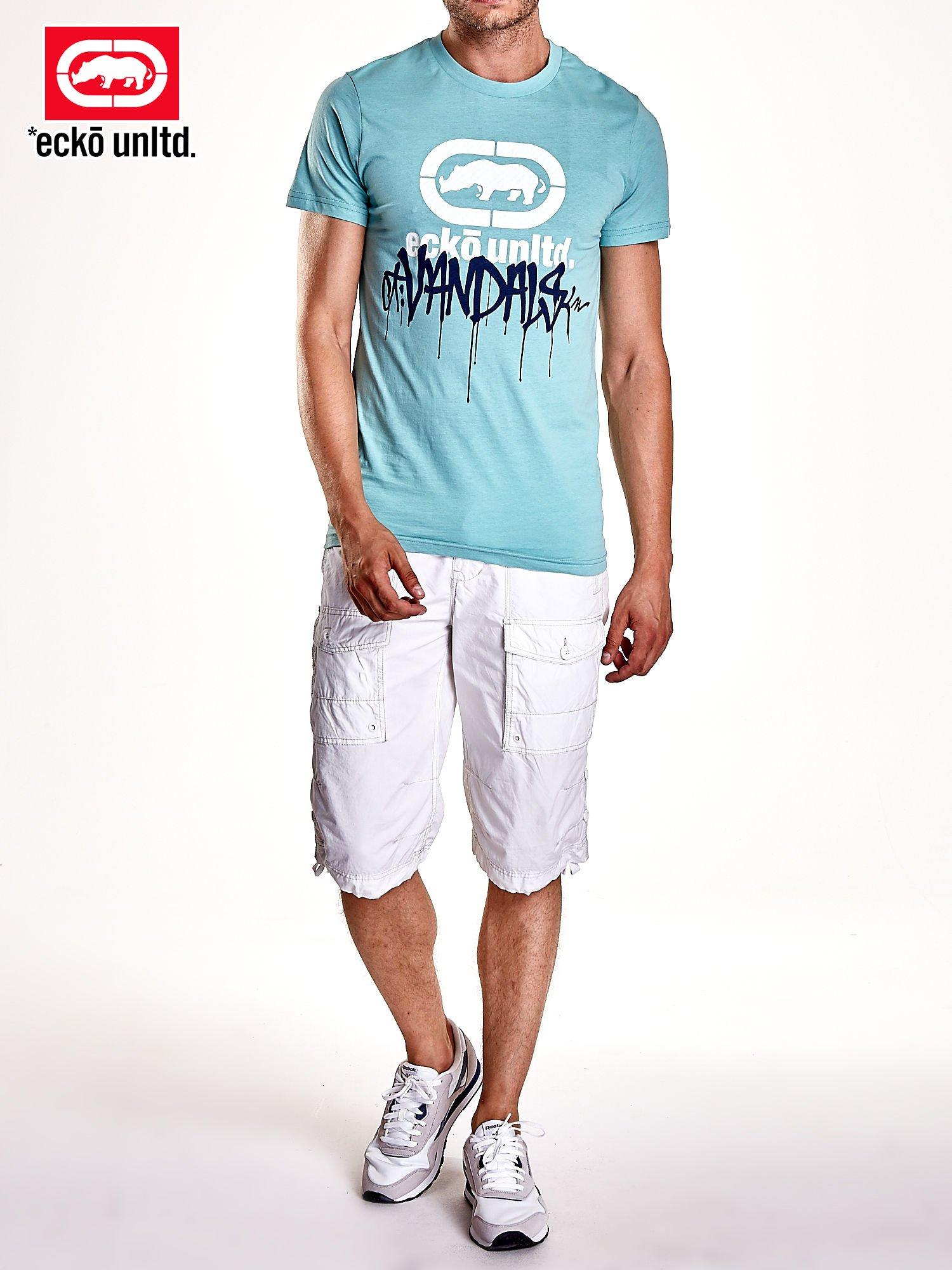 Miętowy t-shirt męski z białym logiem i napisem                                  zdj.                                  7